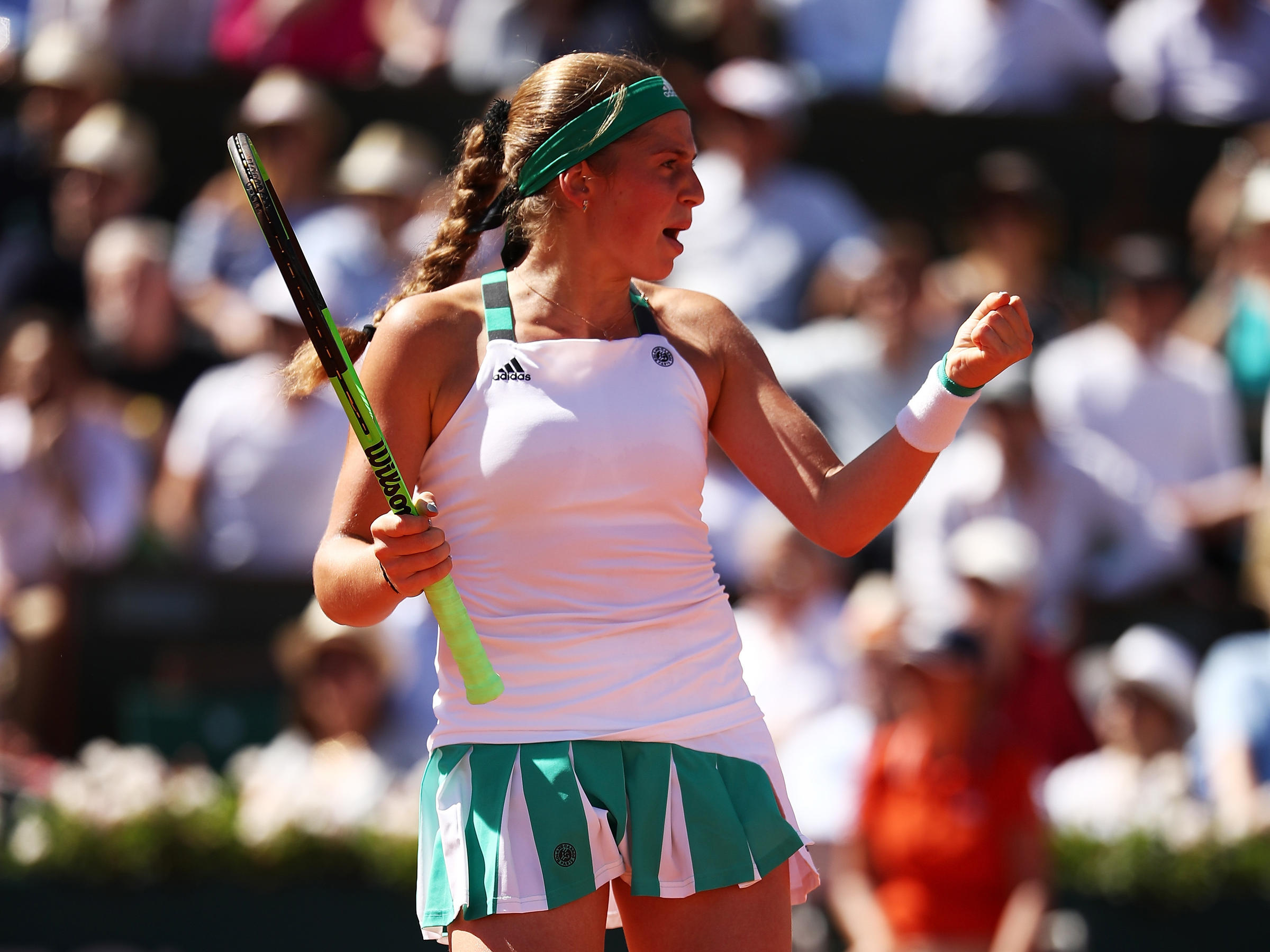Jelena Ostapenko stuns favourite Simona Halep to win French Open