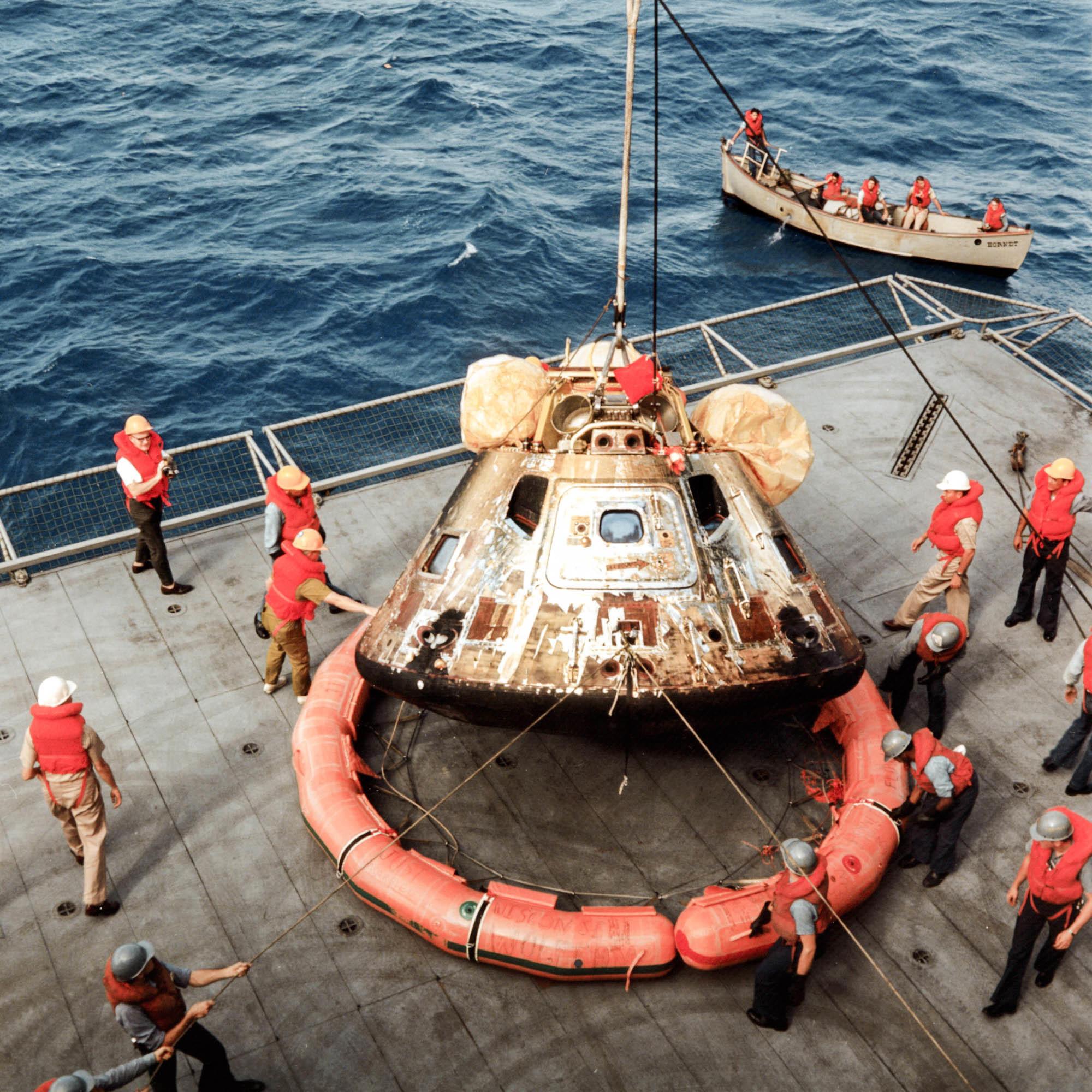 Moonwalkers' Apollo 11 Capsule Gets Needed Primping For ...