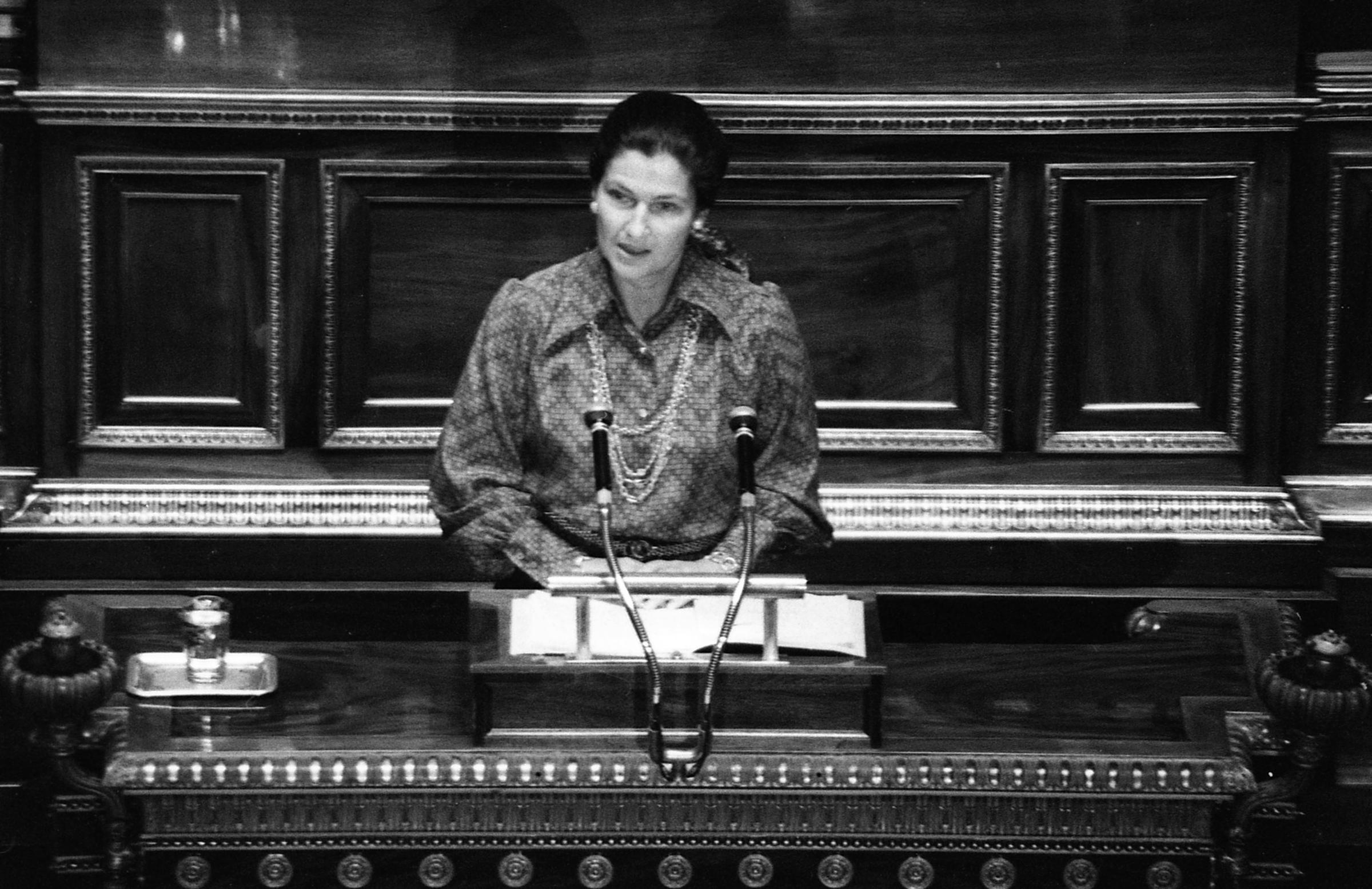 French Holocaust survivor and pro-abortion campaigner Simone Veil dies at 89