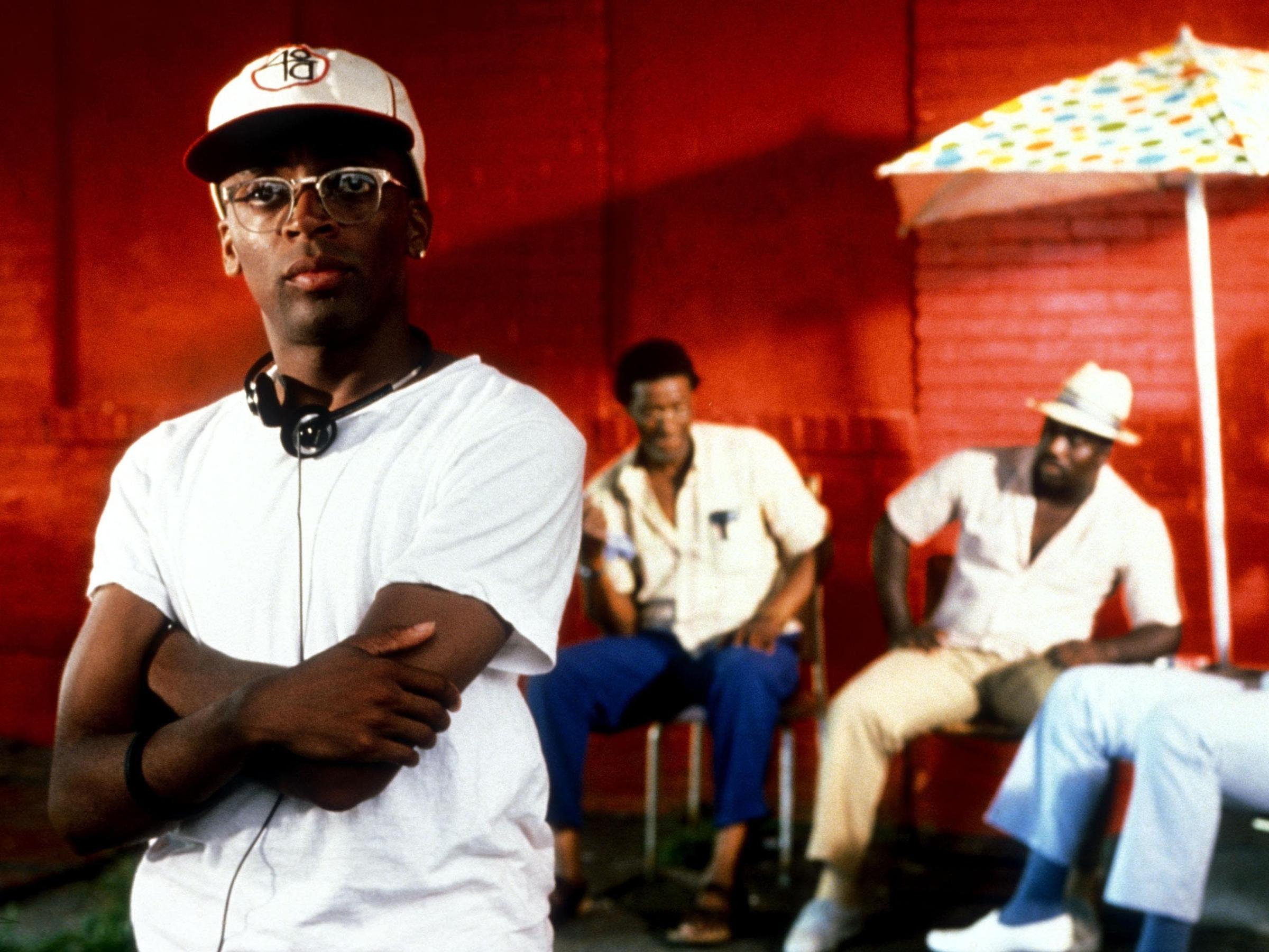"""the racial message in the movie do the right thing Last weekend was the twenty-fifth anniversary of the release of spike lee's 1989 brooklyn masterpiece, """"do the right thing"""" the movie was celebrated all over the country: in los angeles."""