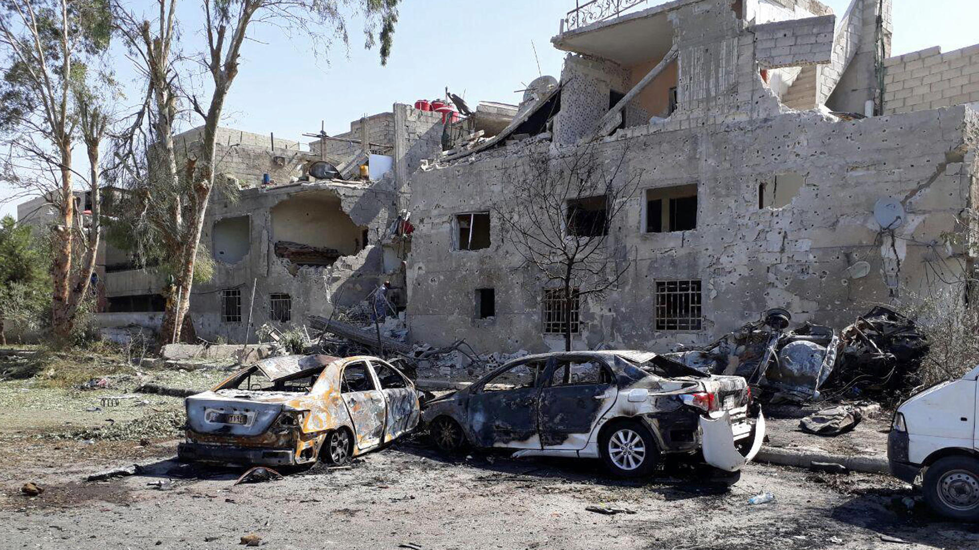 Three vehicle bombs hit Damascus, killing a number of people-state media