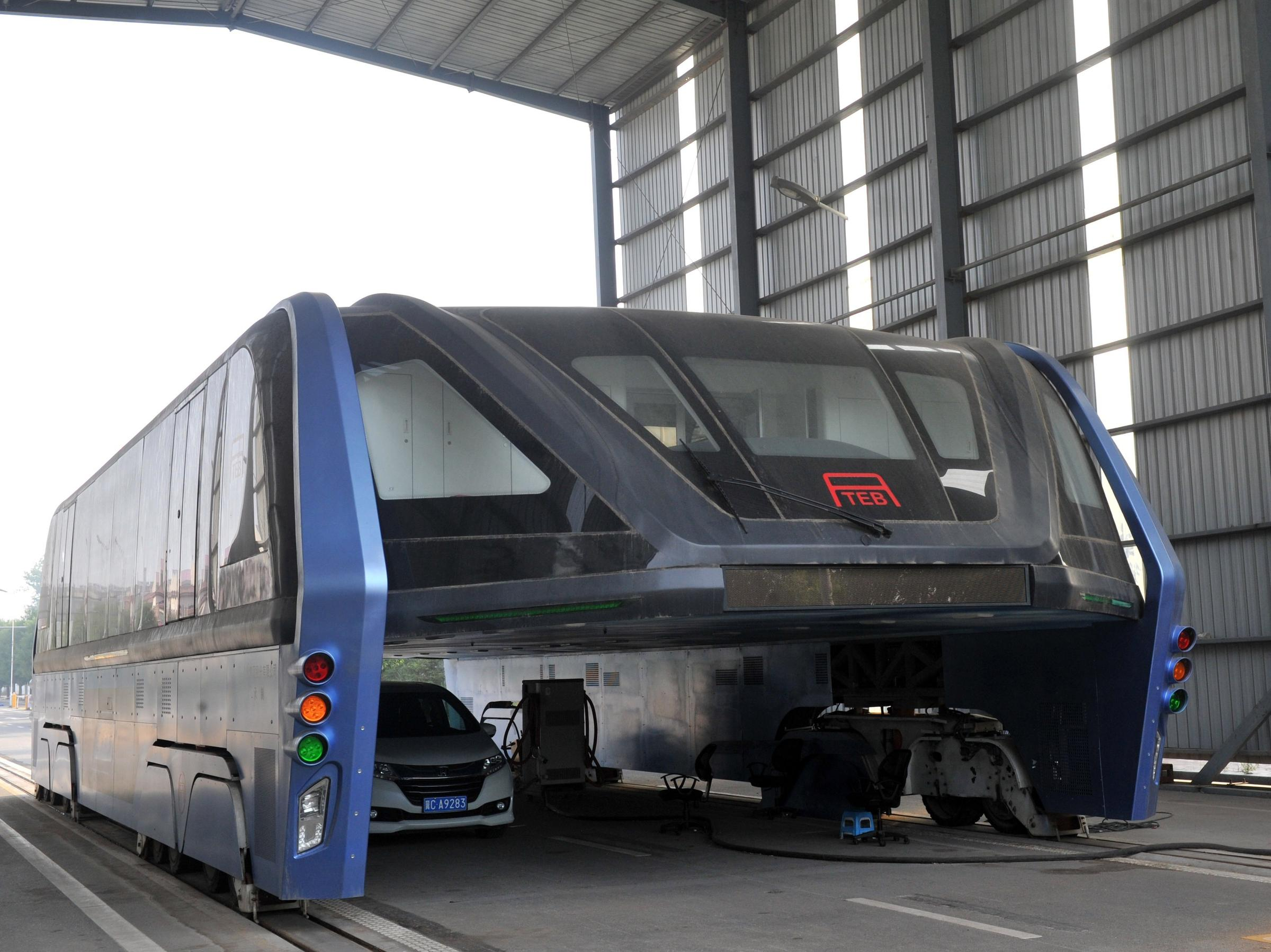 Elevated Transit Bus Service of China - Future Technology turned huge Scam