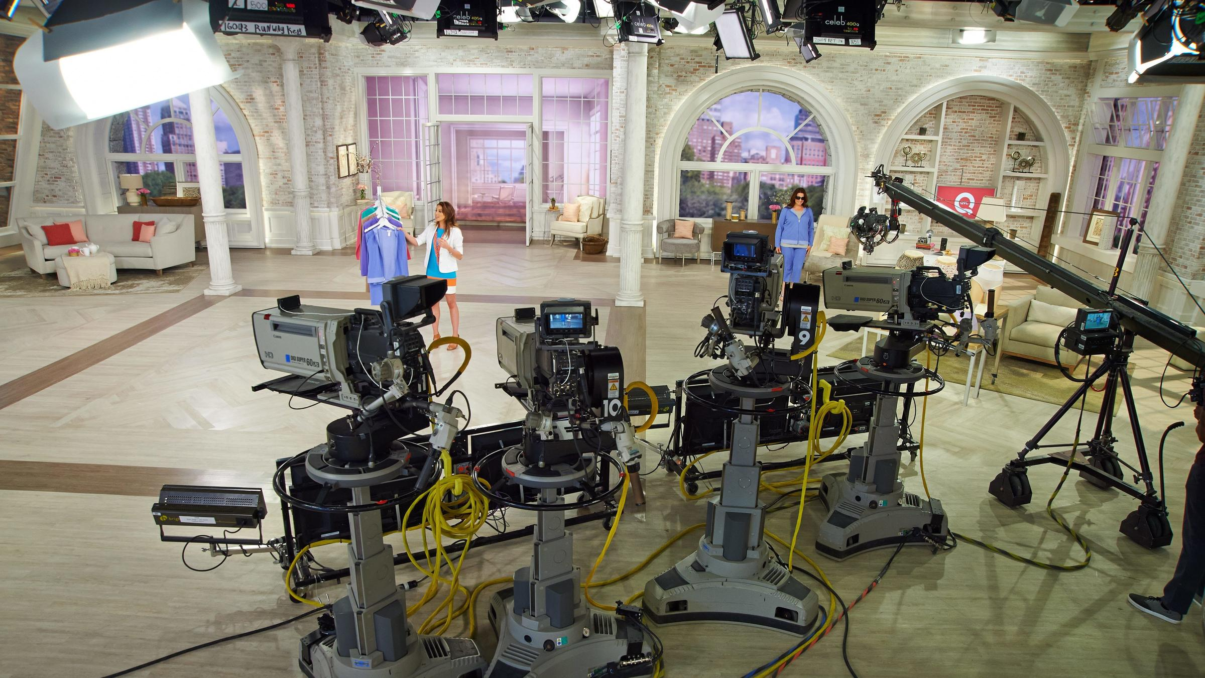 tv network studio essay Strong essays: online support network (osn television media, online spybot hijackthis times headlines 3 studios to release films in hd-dvd sony to pay.
