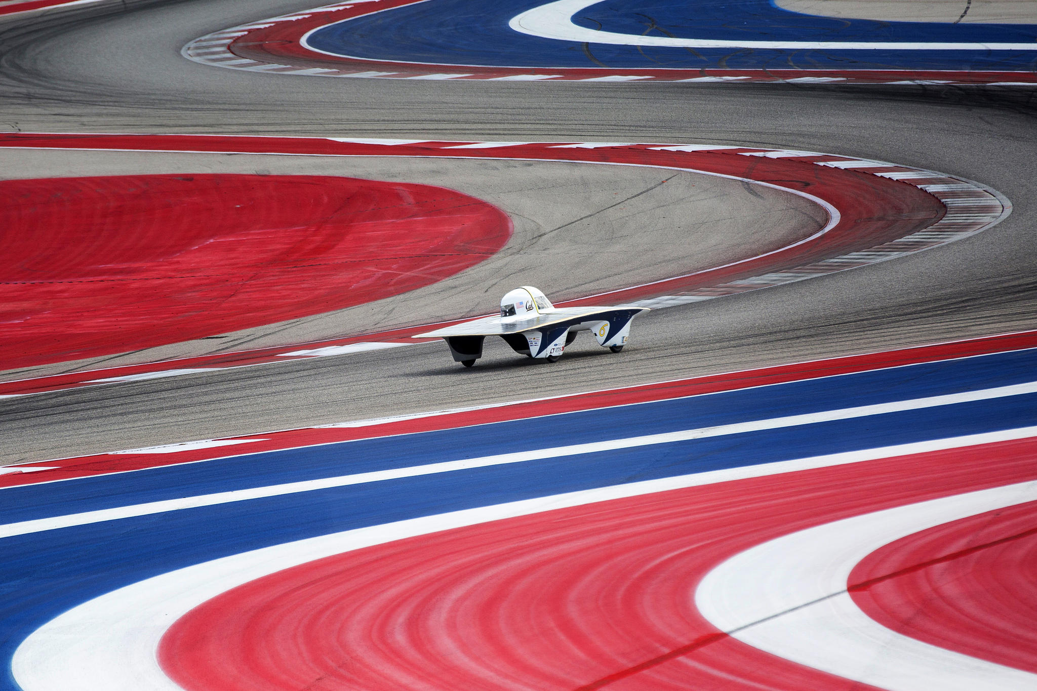Solar Cars Heat Up Austin\'s Formula One Track | KUOW News and ...