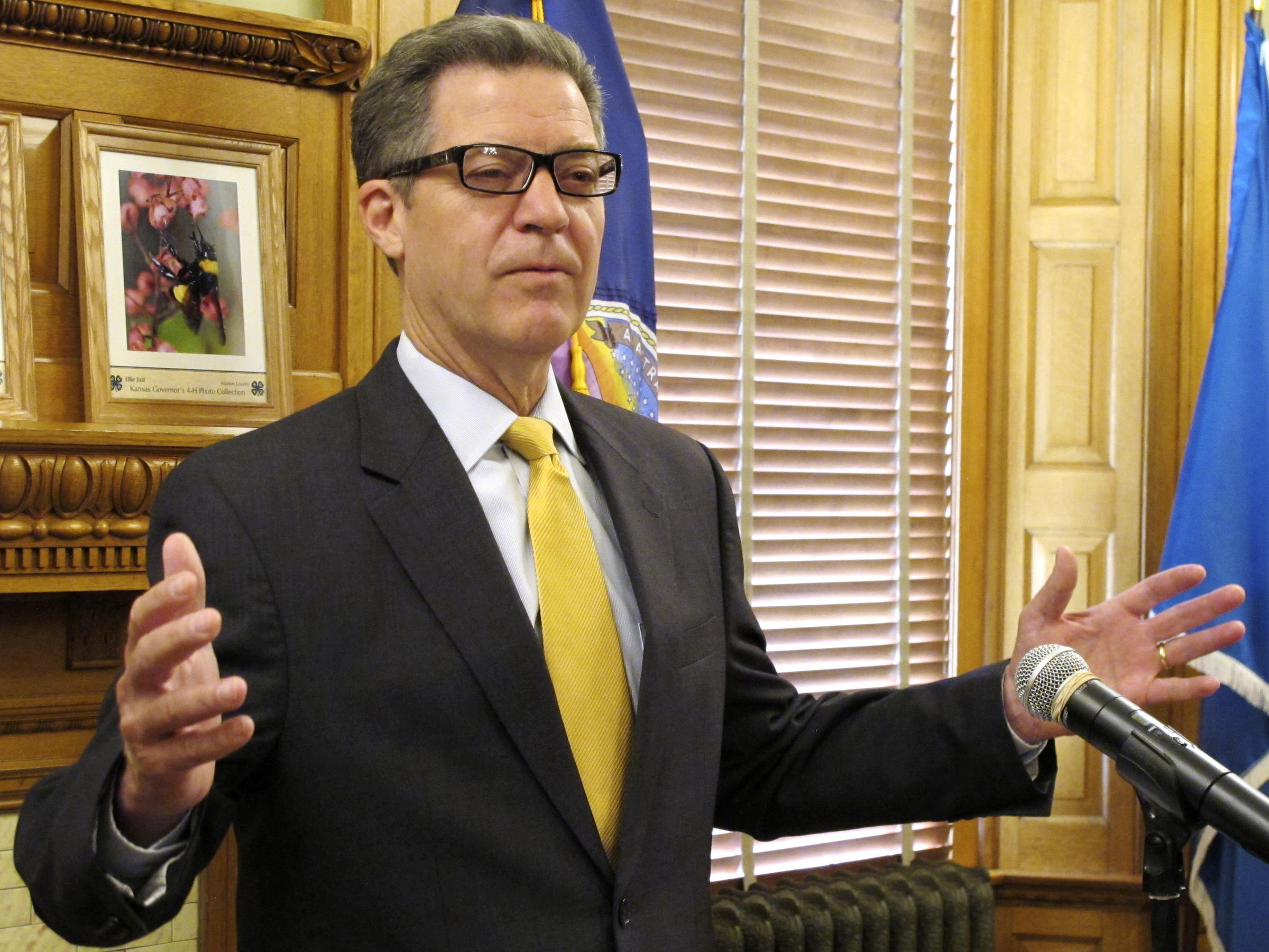Kansas Gov. Brownback, a Staunch Conservative, Prepares to Step Down