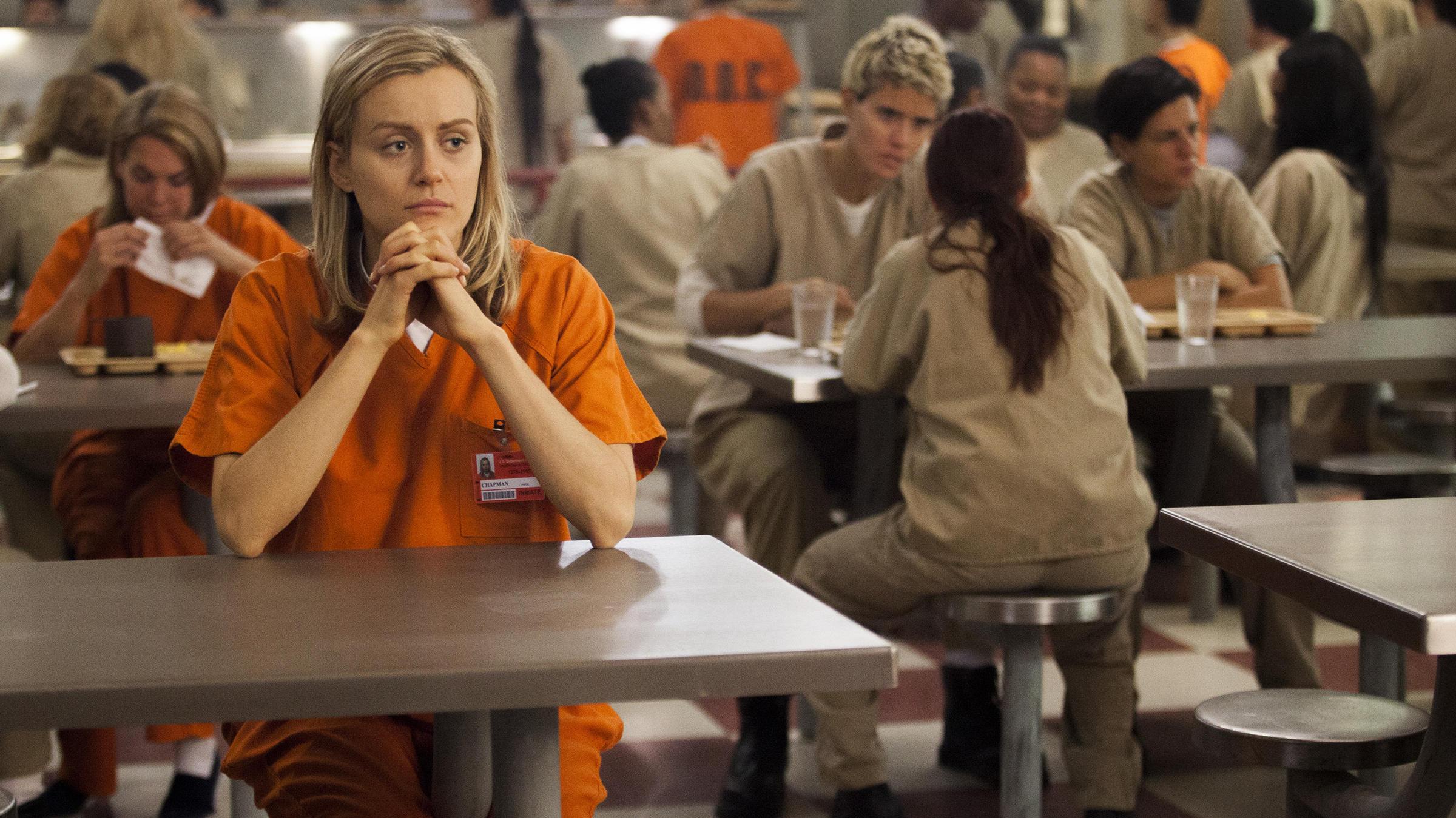 Teen girls look to peers