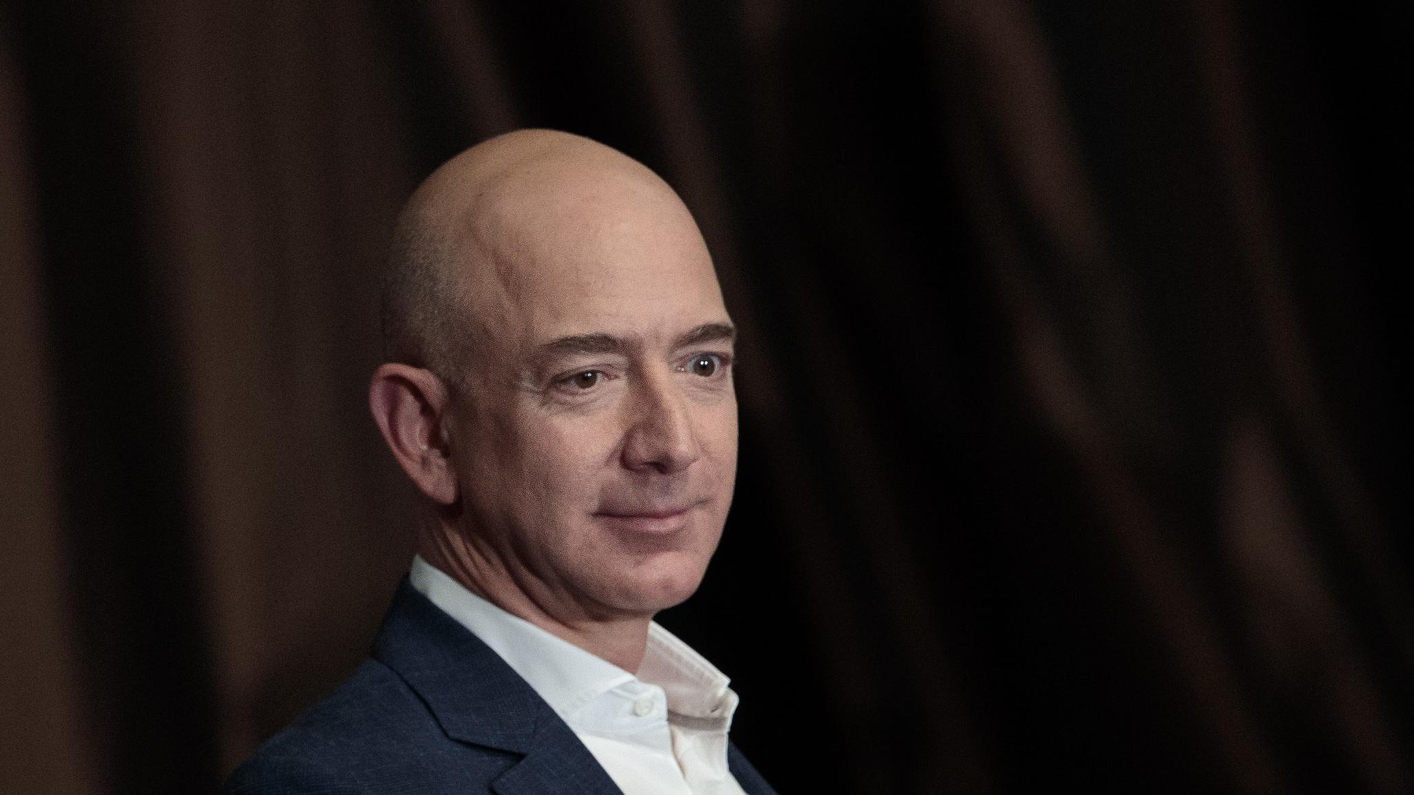 jeff bezos amazon coms founder Amazoncom's founder is a study in contradictions — analytical and intuitive,  careful and audacious, playful and determined what really makes.