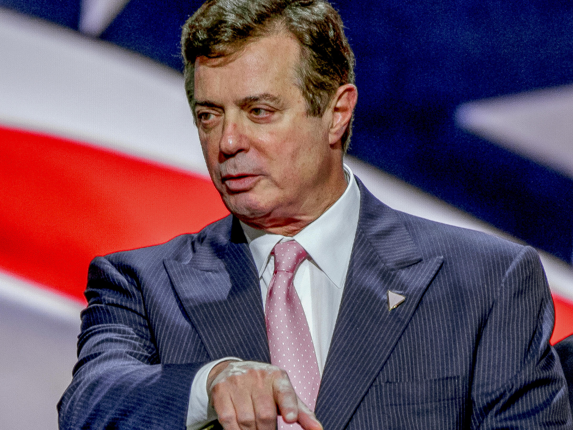 FBI Agents Conducted A Raid On Paul Manafort's Residence ...