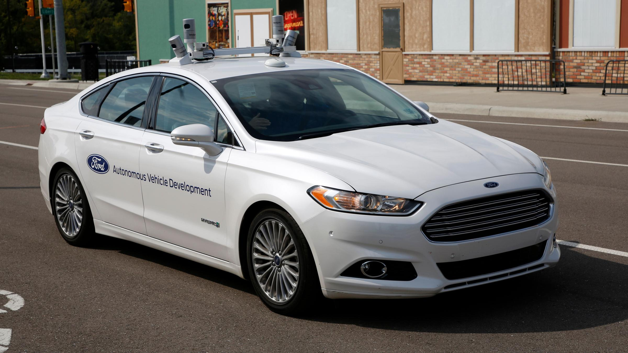 US Transportation Secretary in MI to Announce Self-Driving Vehicle Safetey Guidelines