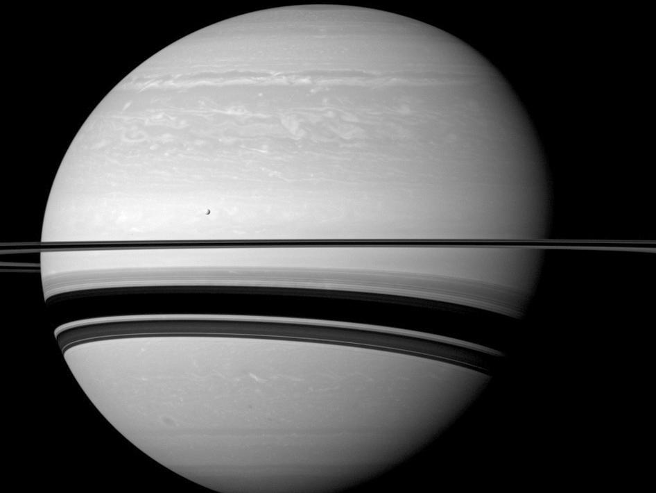 10 breathtaking images from Cassini's ground-breaking mission of studying Saturn
