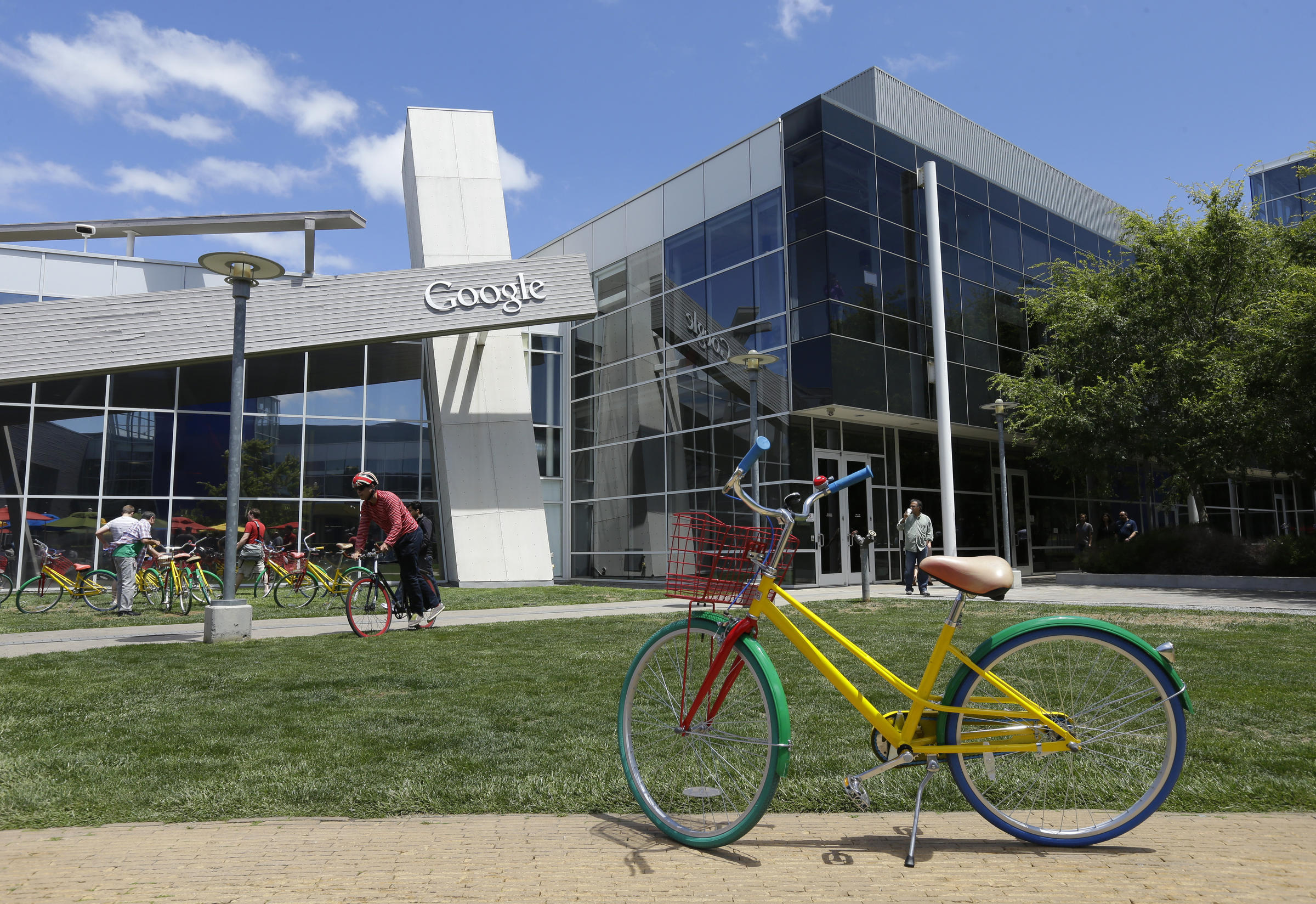 Google Faces Gender Pay Lawsuit
