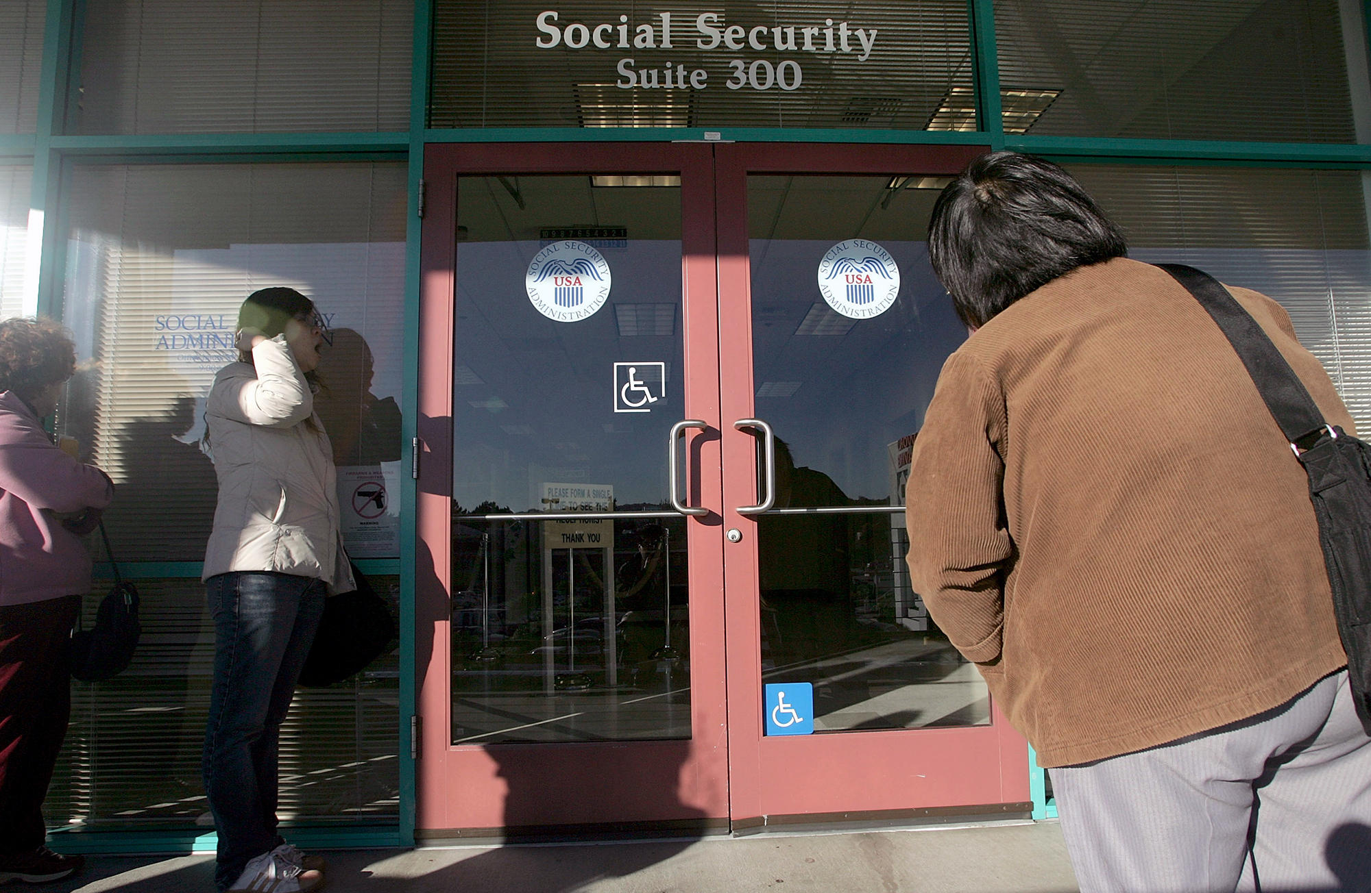 Advocates say seniors with obamacare need more time to - Local social security administration office ...