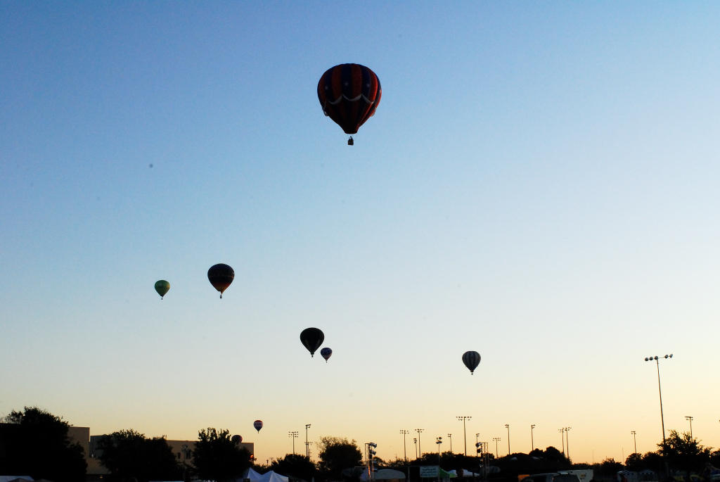 Officials investigating Lockhart balloon crash plan to announce findings today