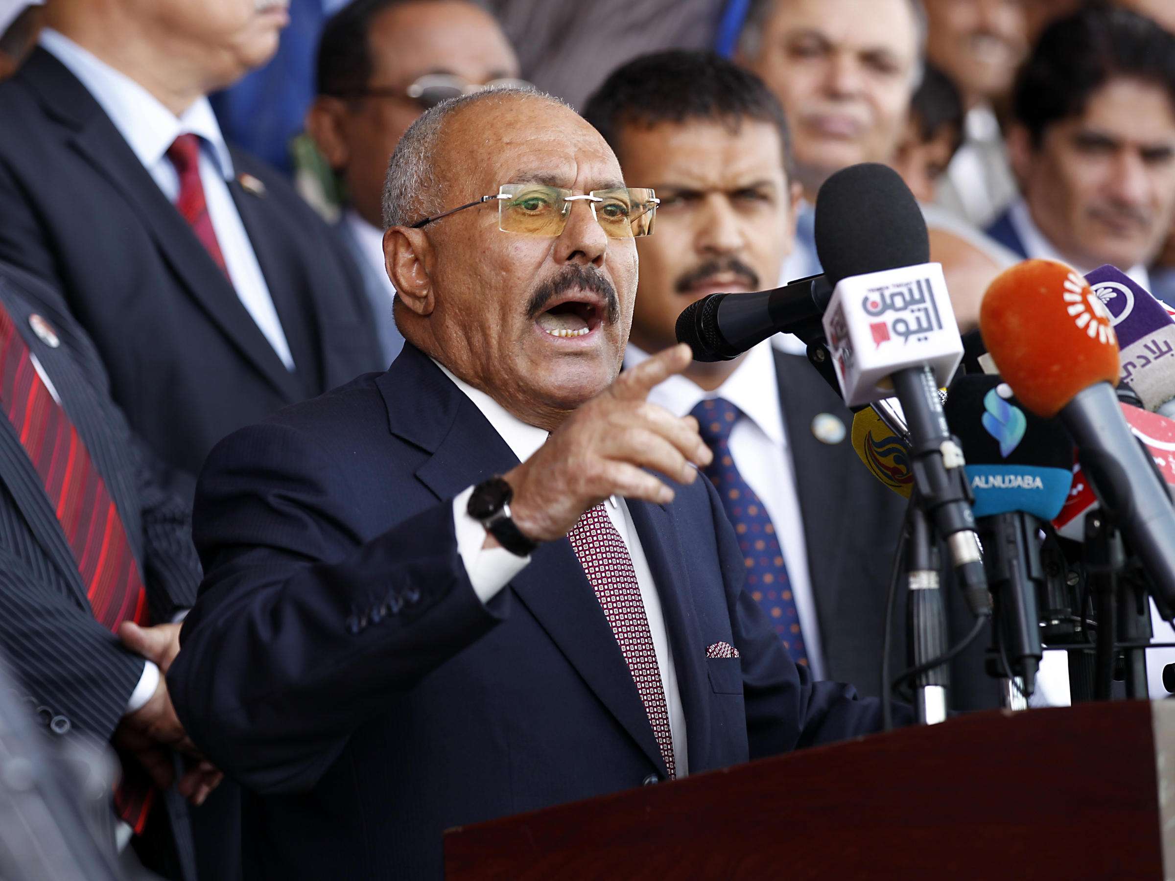 Ex-president of Yemen killed by rebels