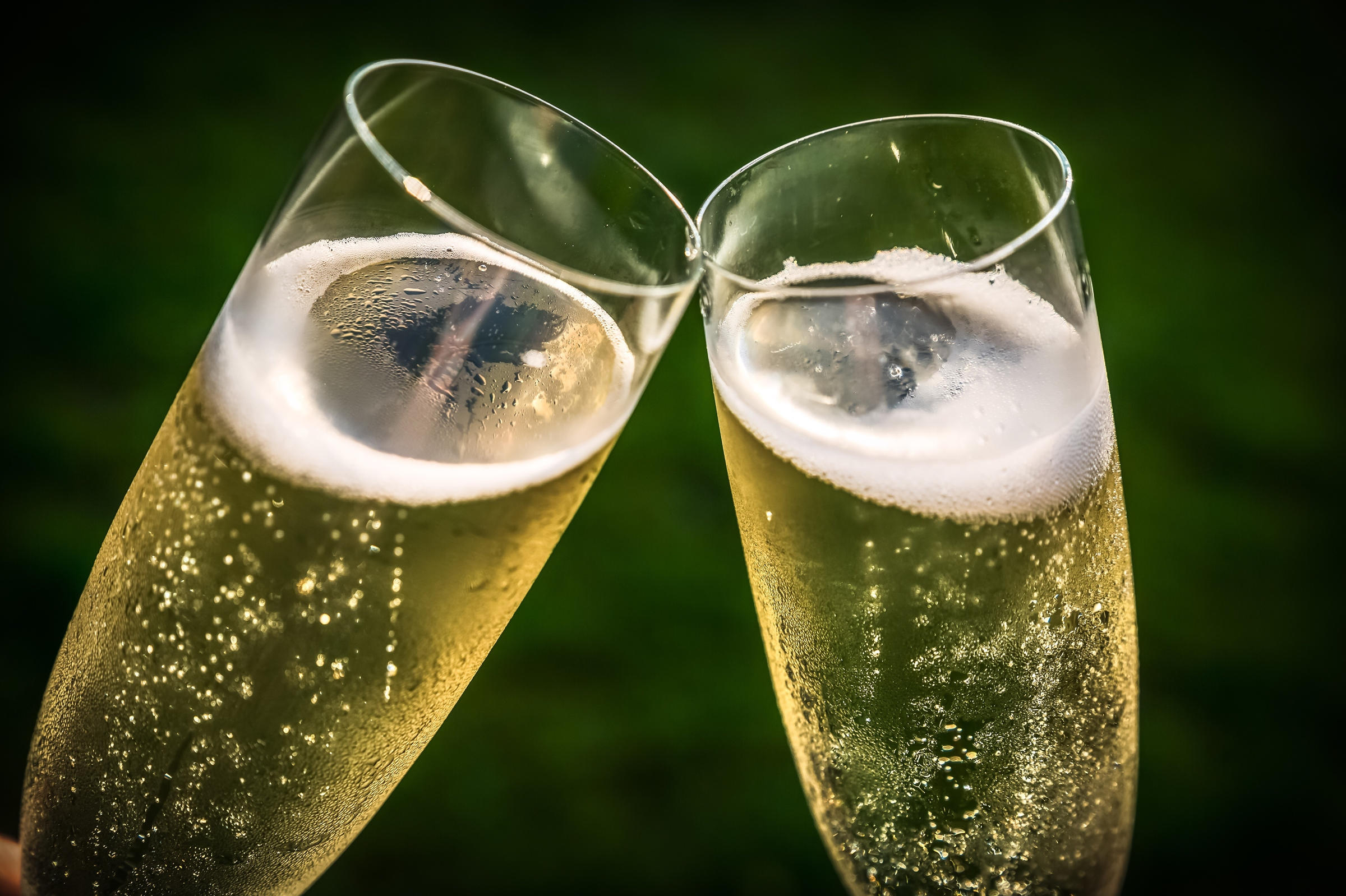 Image Result For Size And Sound Matters When It Comes To Bubbles In Your Sparkling Wine