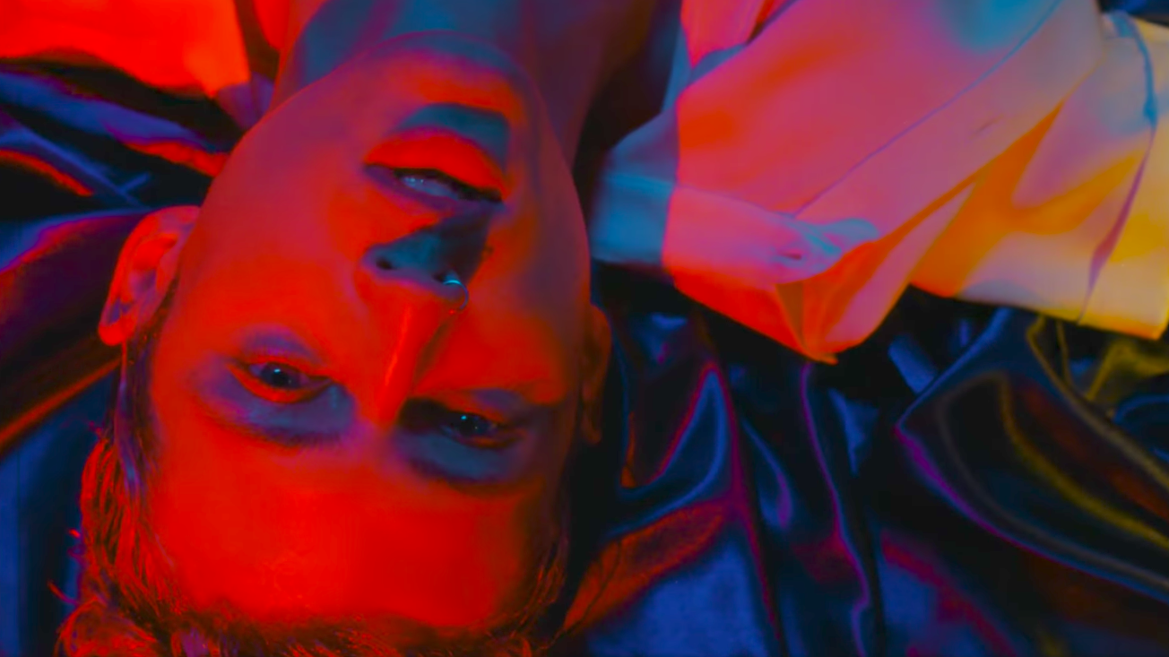 Troye Sivan Releases Sensual Video for New Single 'My My My'