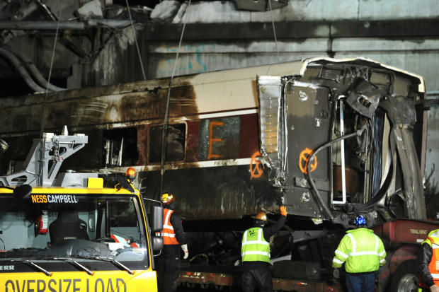 Derailment investigation: Engineer didn't see speed sign