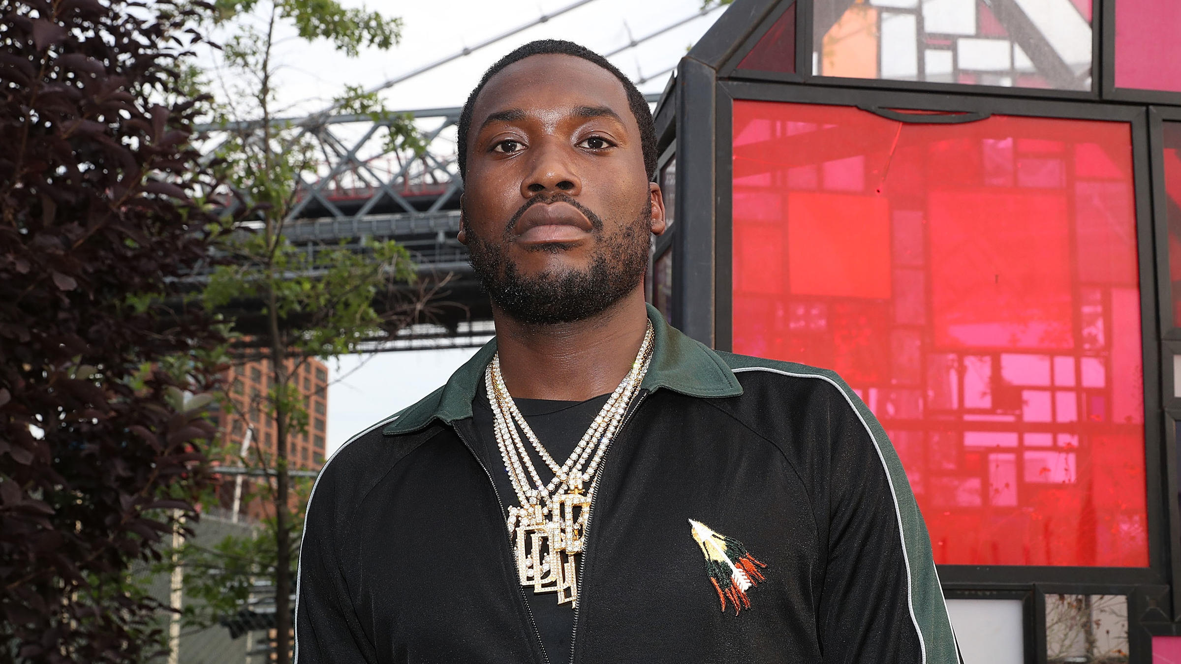 Eagles Take The Field To Meek Mill's Dreams And Nightmares