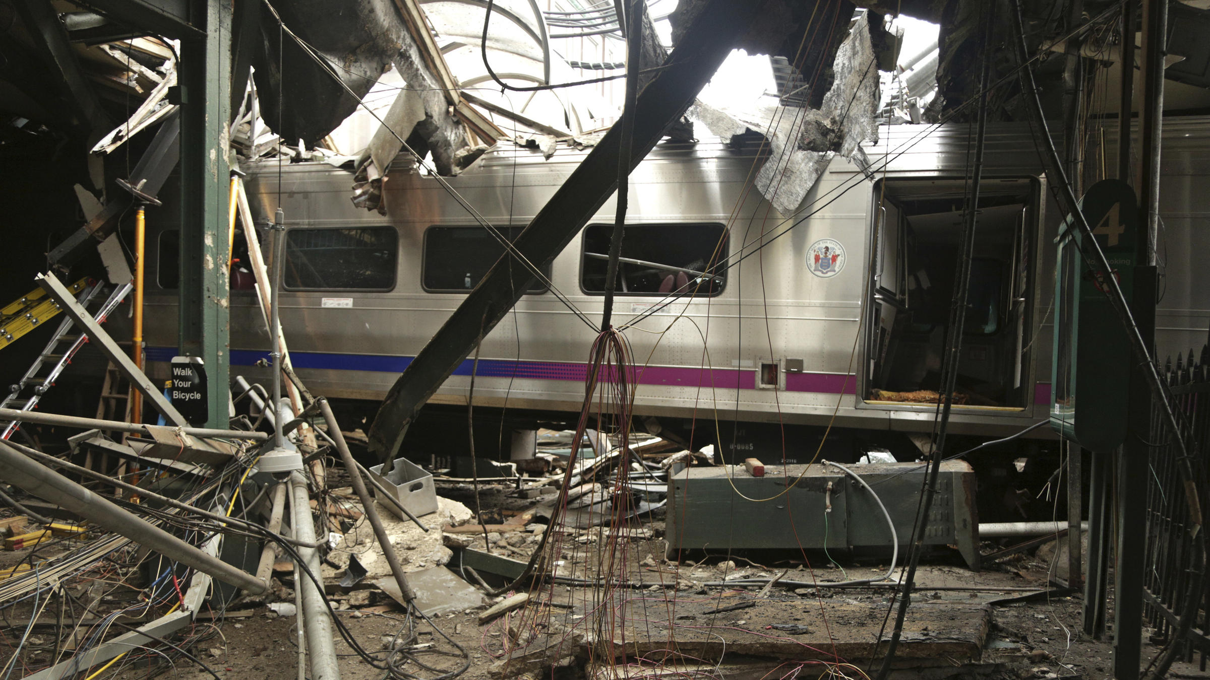 NTSB chides LIRR for failing to foresee 2017 Brooklyn crash