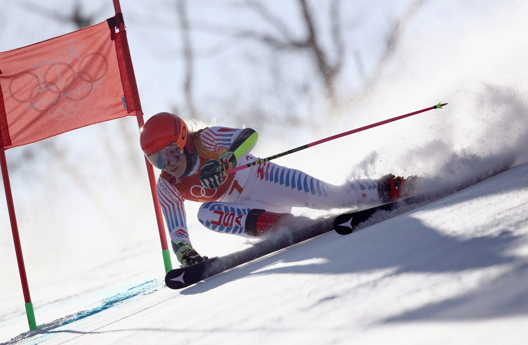 Mikaela Shiffrin earns high marks in flag-holding