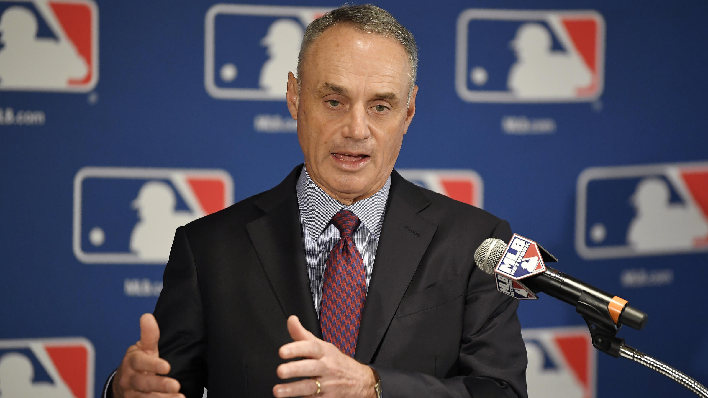 Astros take on new speed of play, mound visits rules