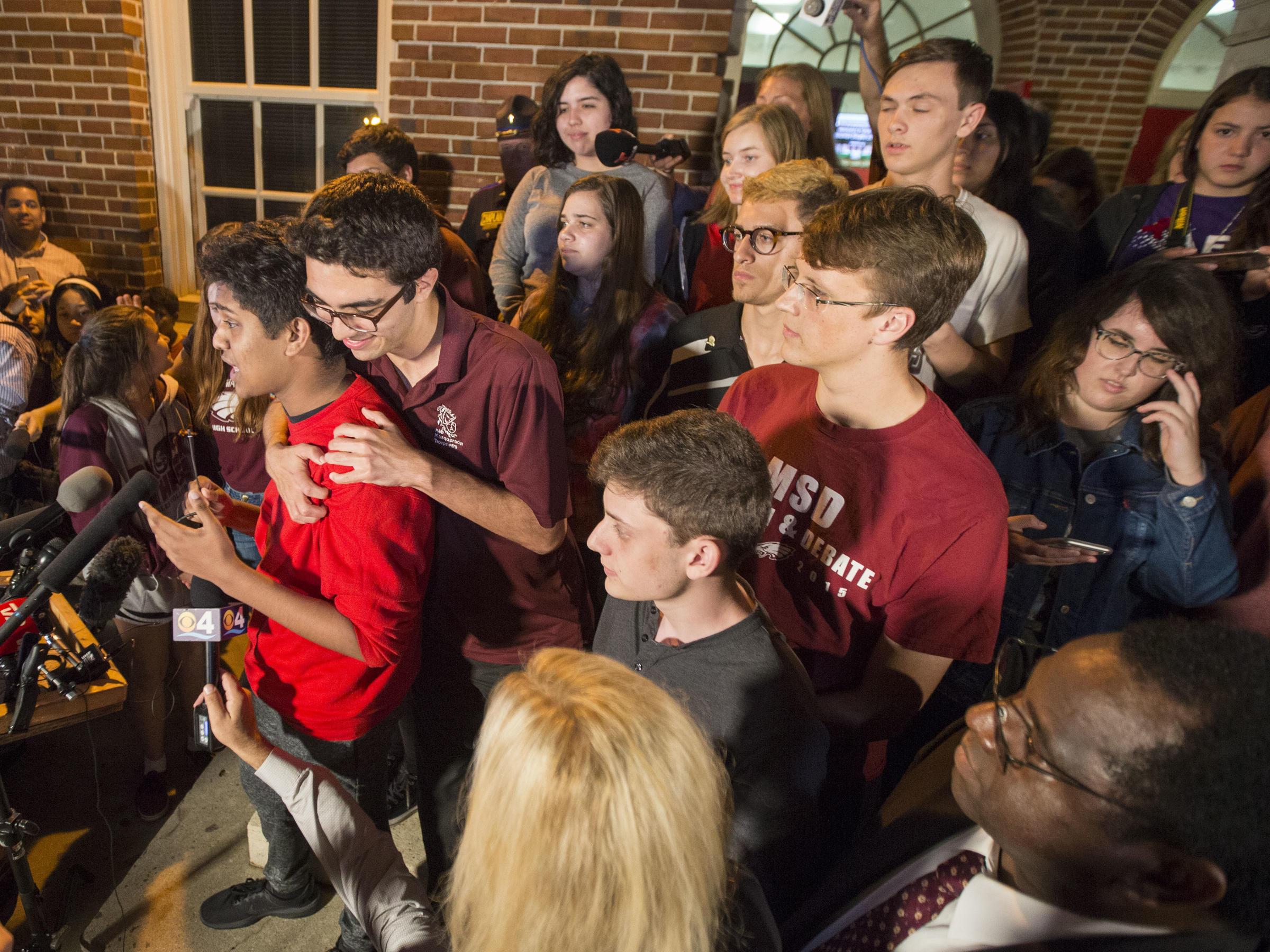 Florida school shooting prompts gun-control rallies