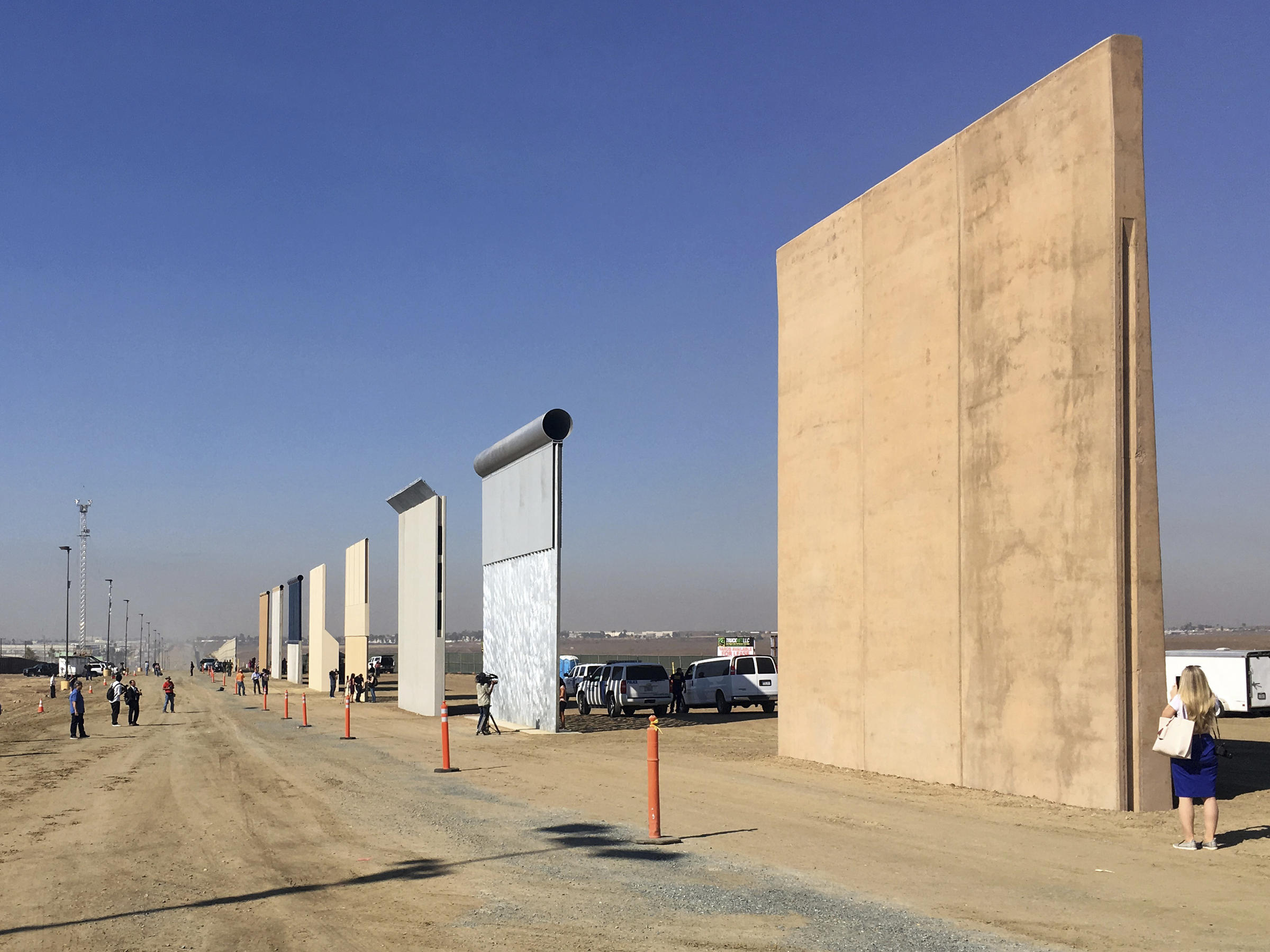 No Wall in California Until Entire Project Is Approved — Donald Trump