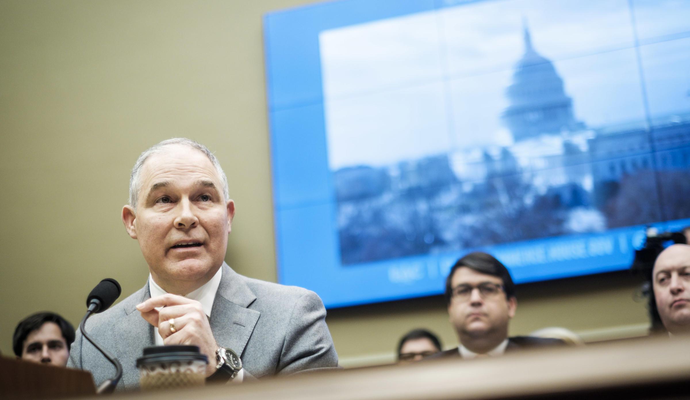 EPA must explain why Pruitt's $43000 phone booth was legal: Republican senator
