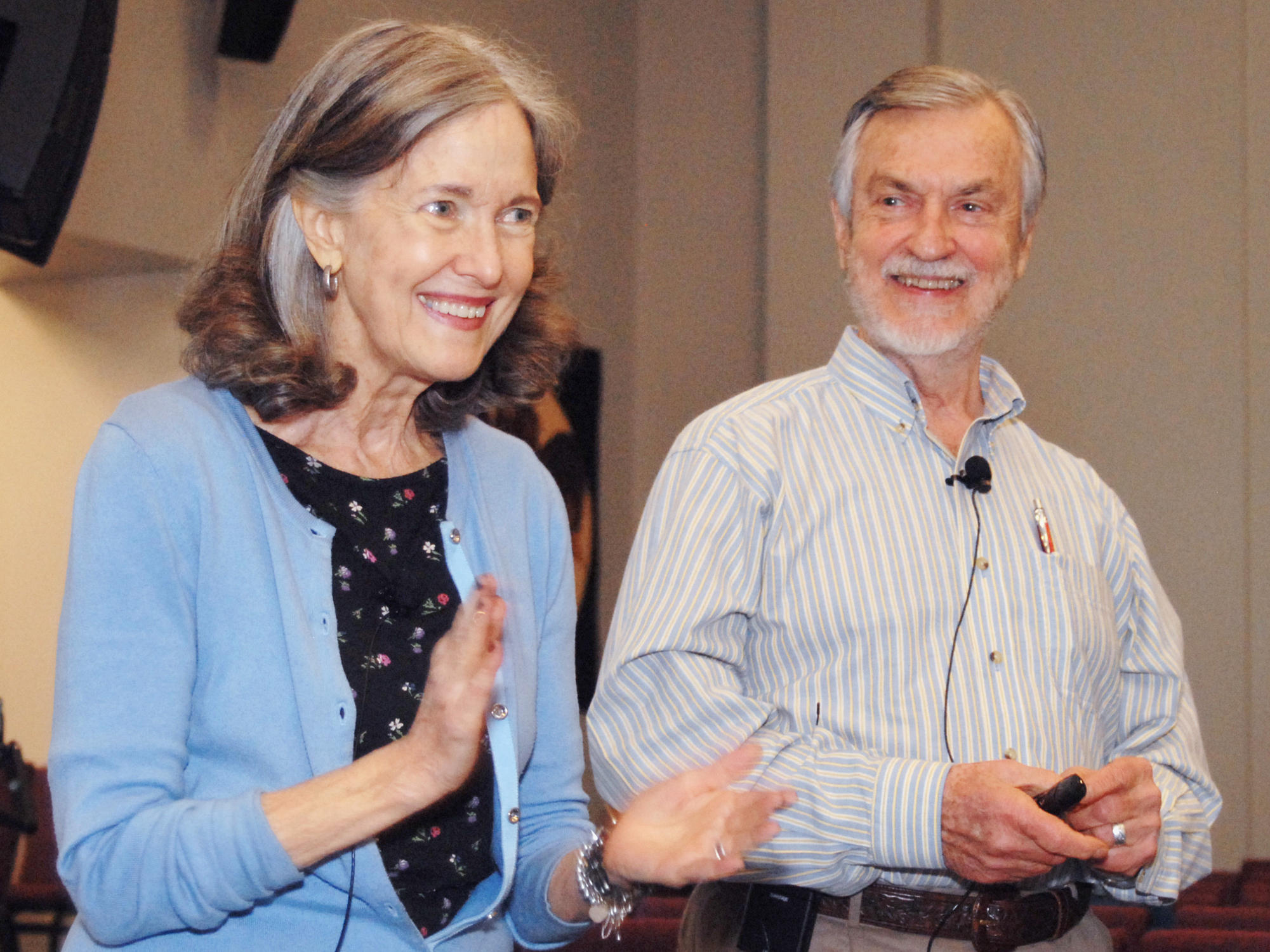 Self-help guru Harville Hendrix and his wife Helen LaKelly Hunt are  offering free relationship therapy workshops to Dallas-area couples.