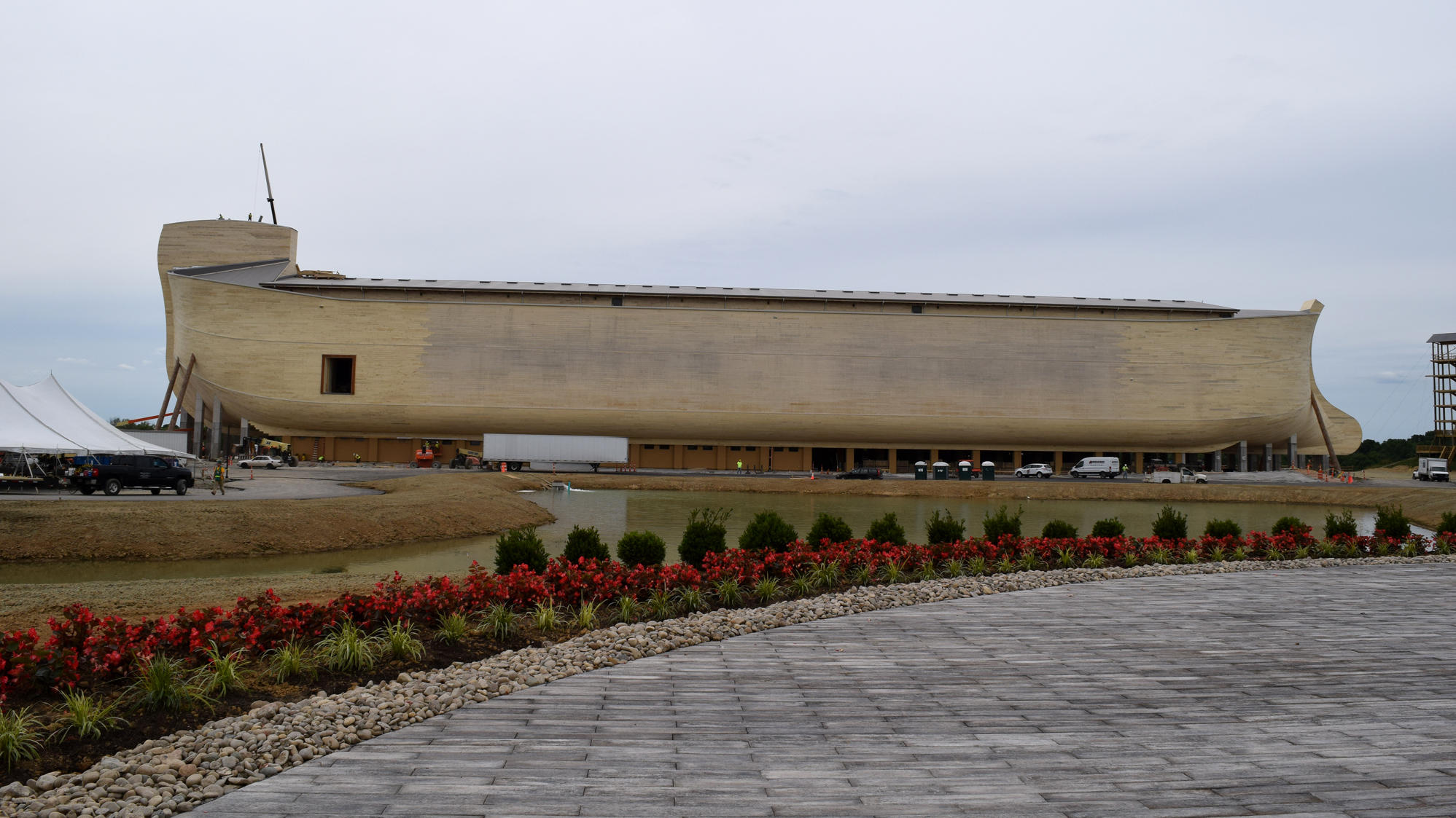 Life Size Noah S Ark To Open Amid A Flood Of Skepticism