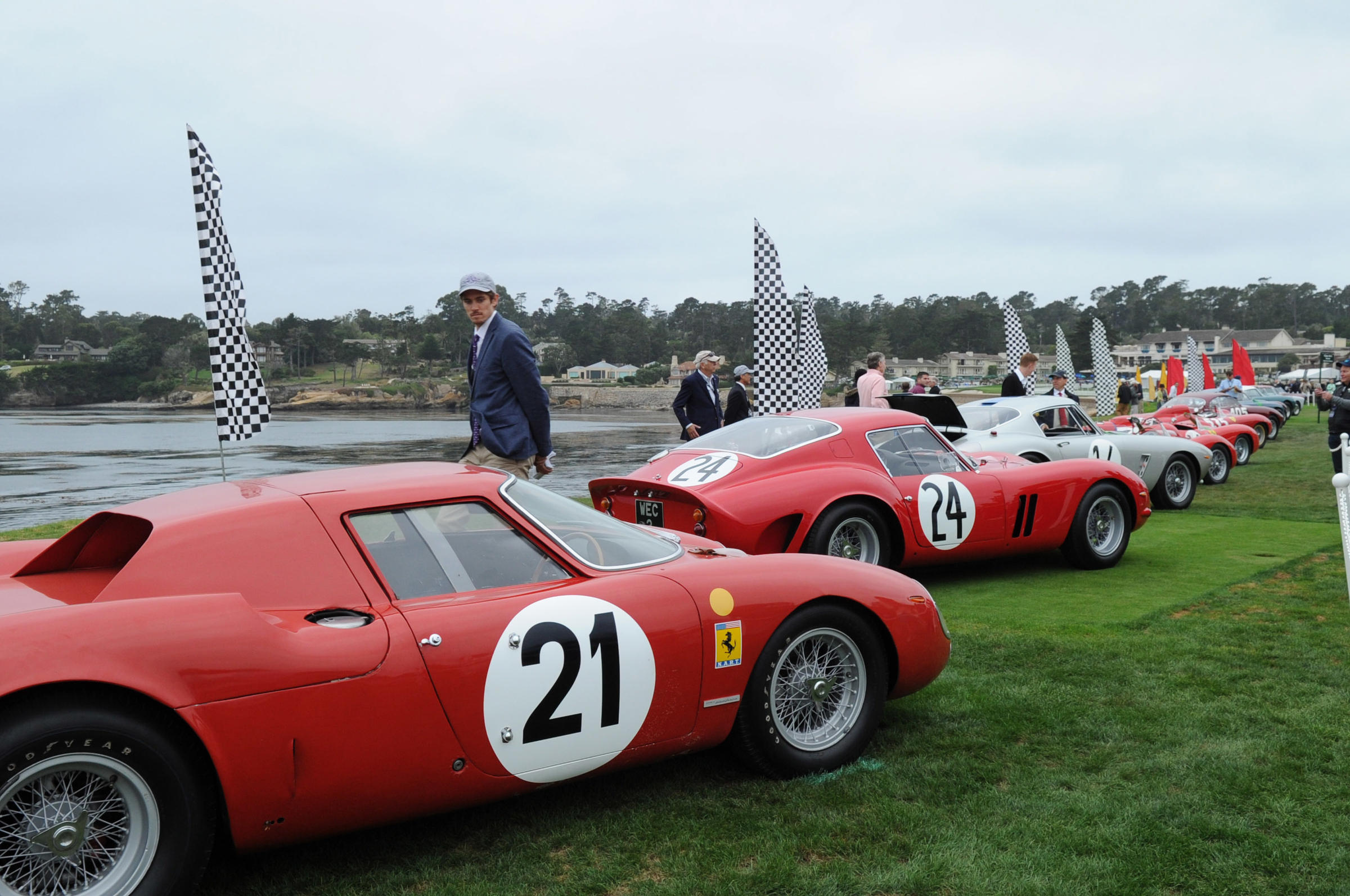 PHOTOS Pebble Beach Concours DElegance Showcases Most Exotic Rare - Pebble beach car show ticket prices