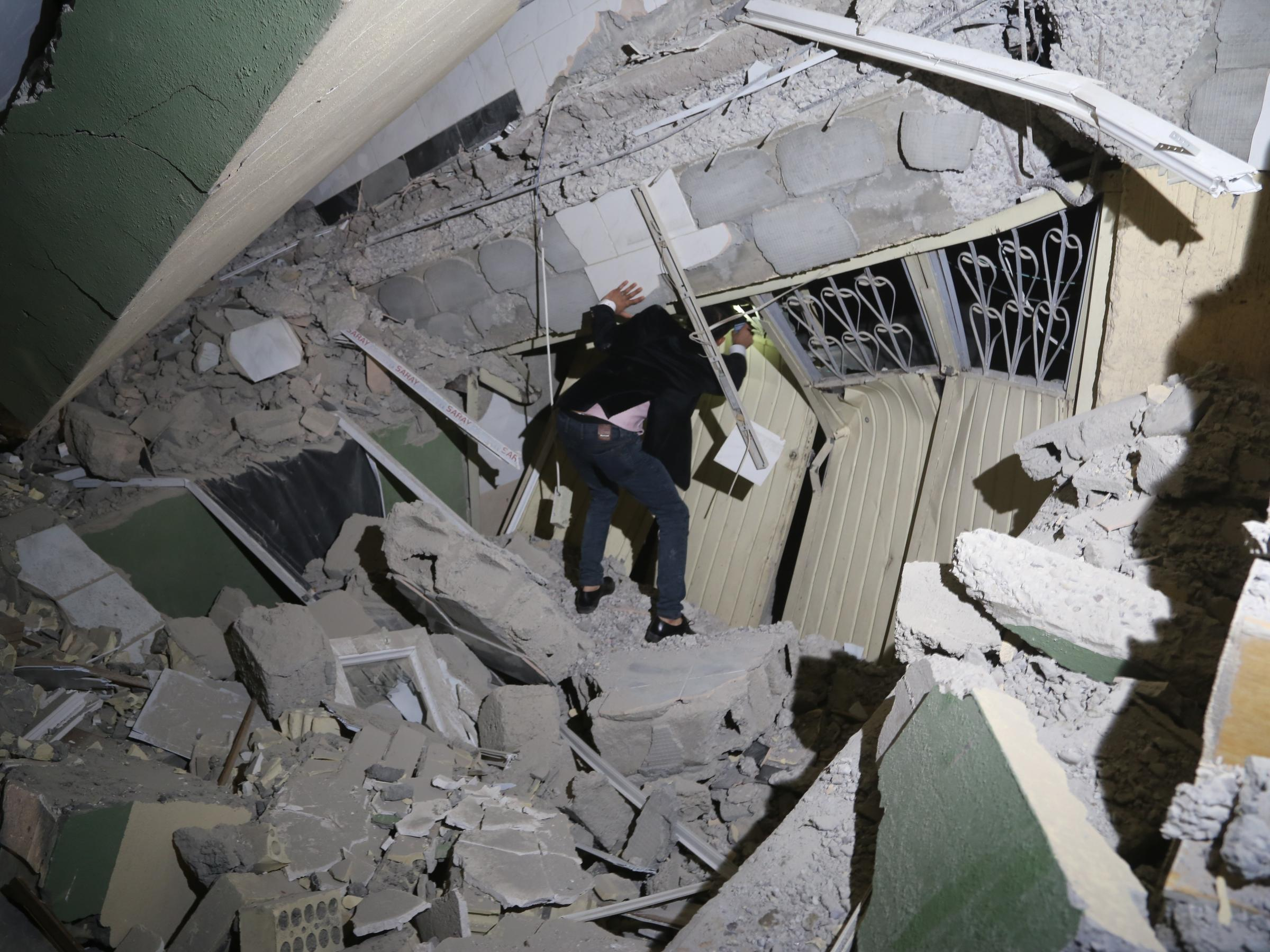The most powerful earthquake in Iran and Iraq: hundreds of people died 2