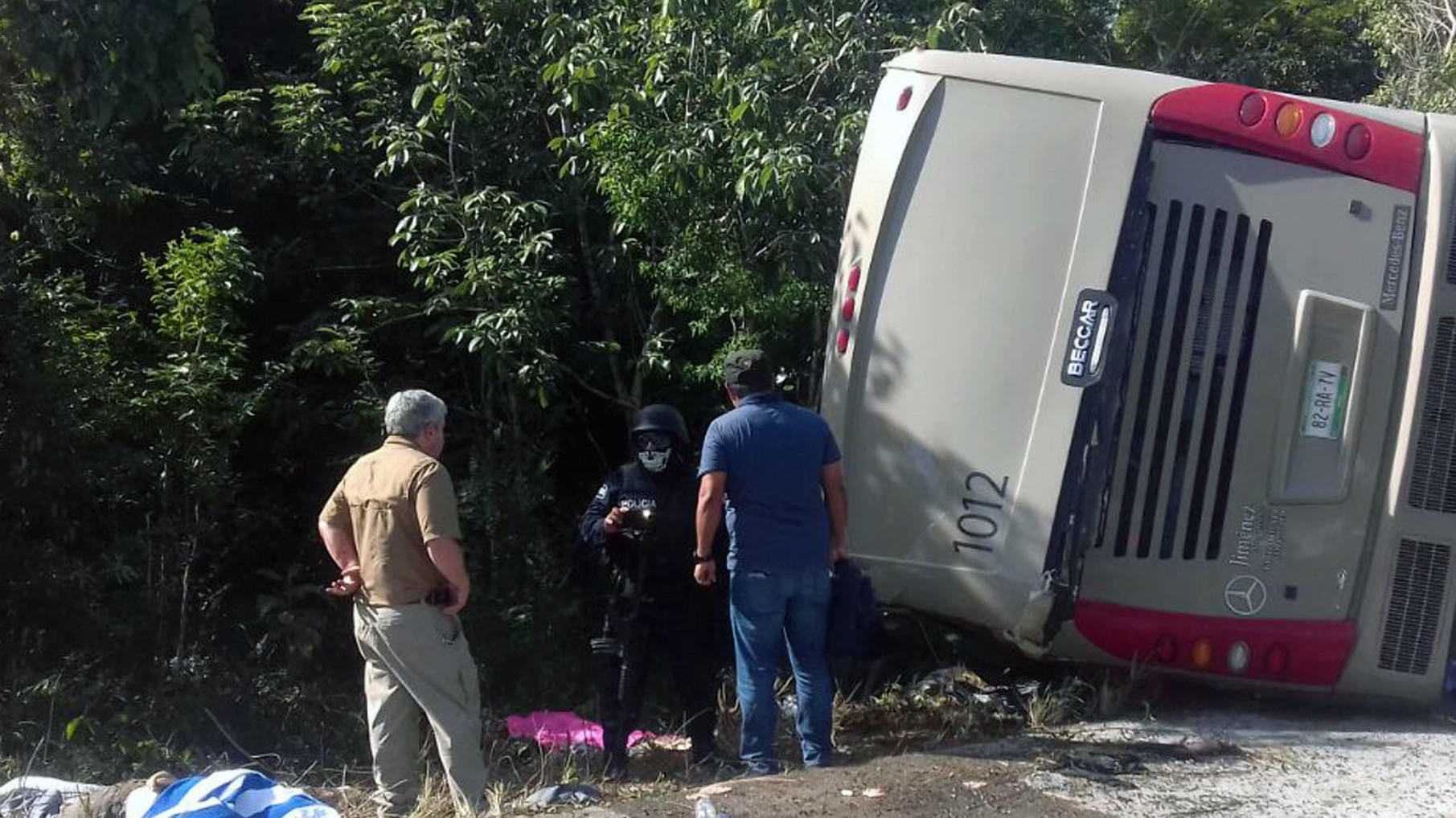 12 Dead After Crash Of Tourist Bus Headed For Mayan Ruins In Mexico ...