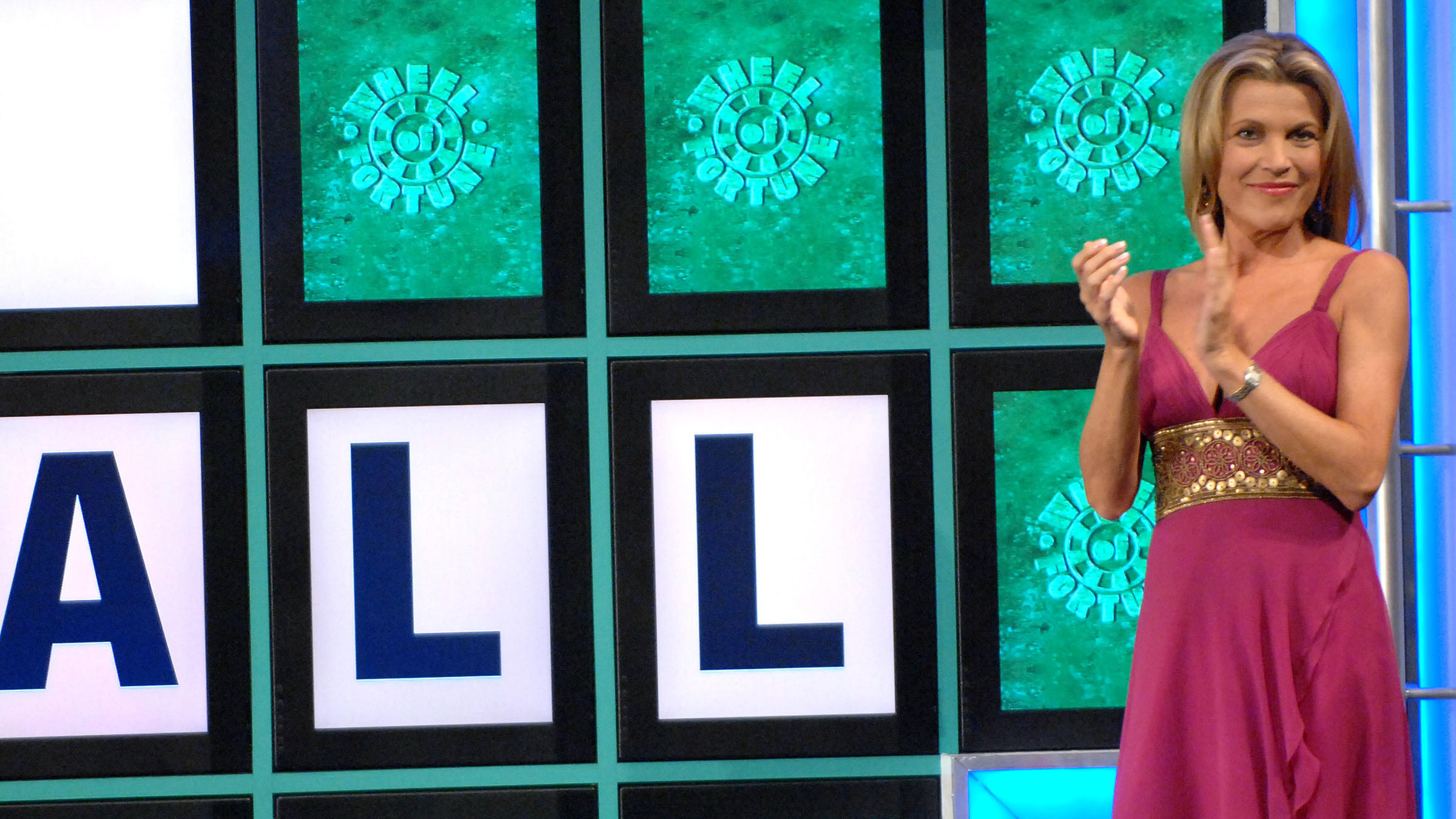 Want To Buy A Vowel? Vanna White Looks Back On 35 Years At The ...