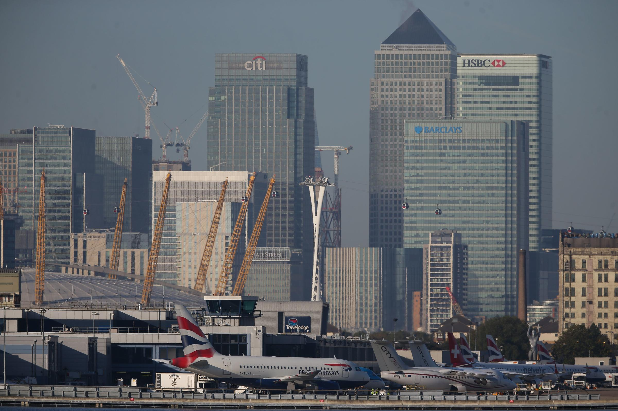 WWII Bomb Shuts Down Flights At London City Airport
