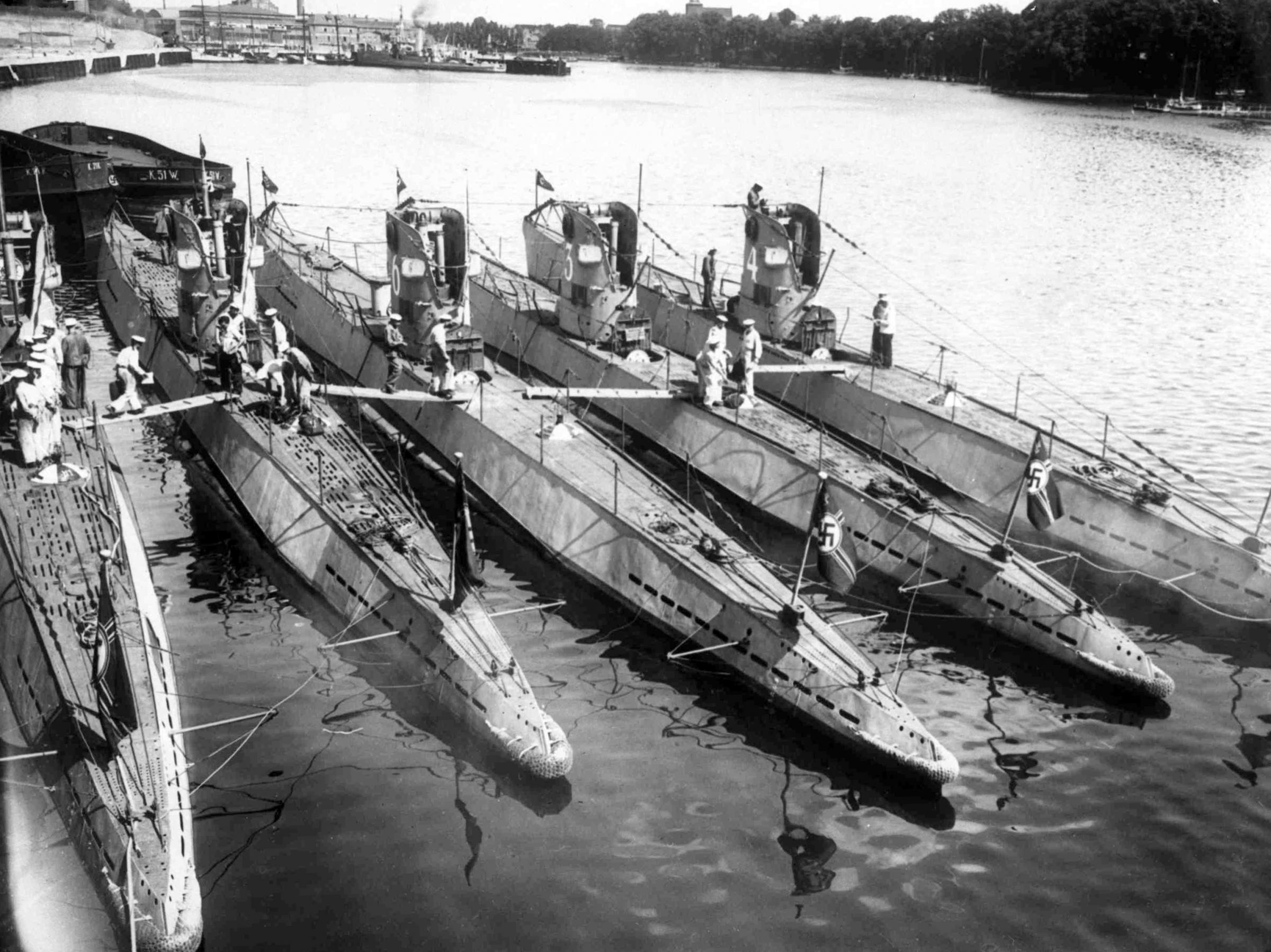 On the submerged ship of the Nazis found 4 tons of gold