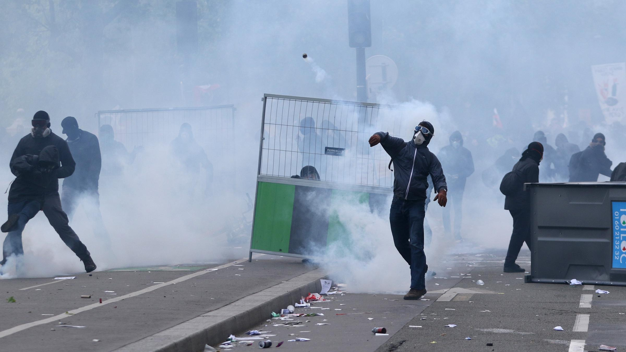 Paris police arrest almost 200 in May Day protests