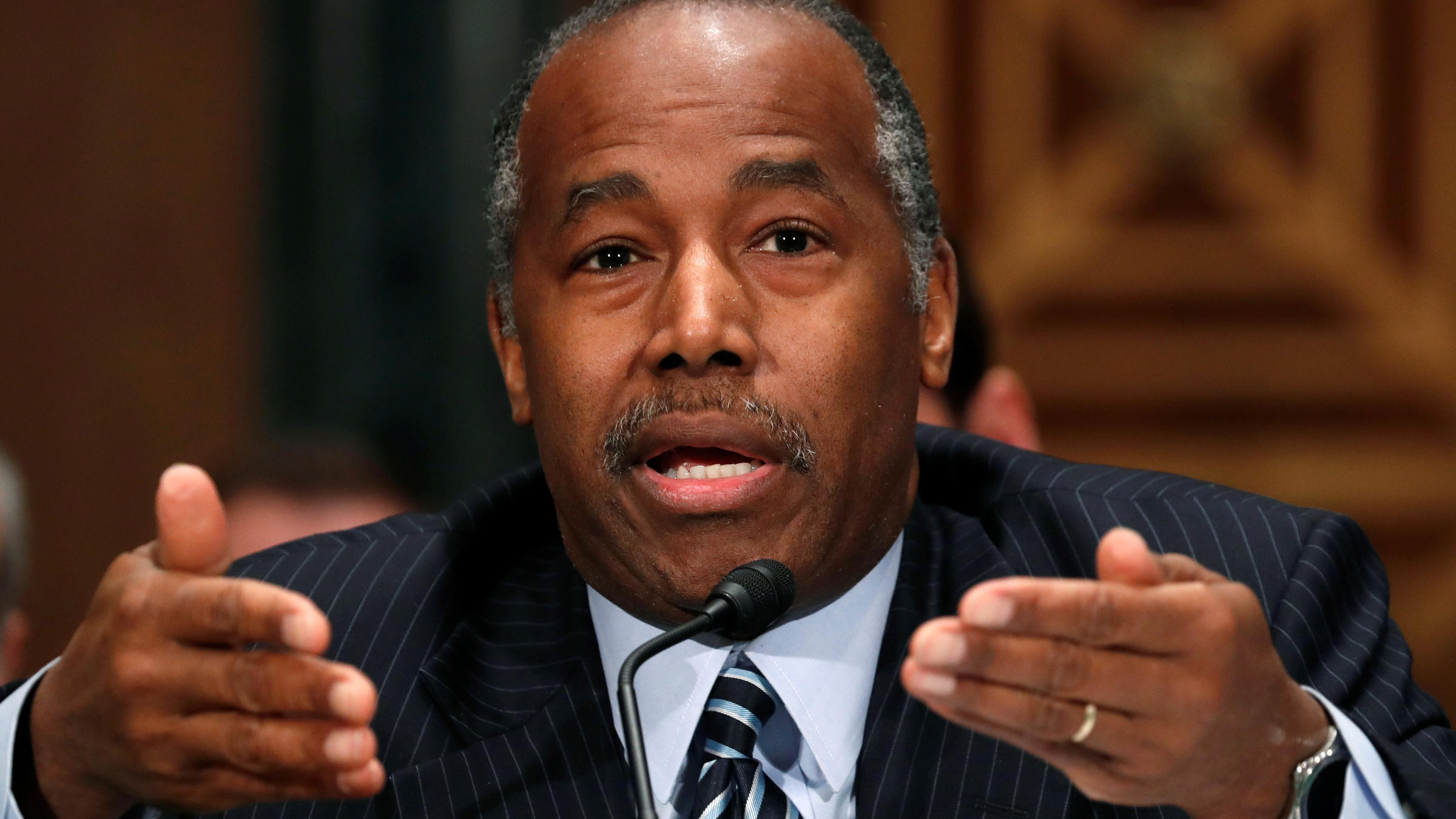 Group Plans To Sue HUD, Ben Carson Over Rule Postponement