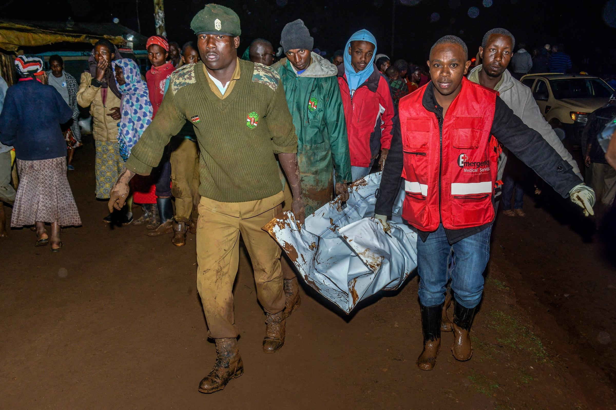Deaths, 'huge destruction' after Kenyan dam bursts