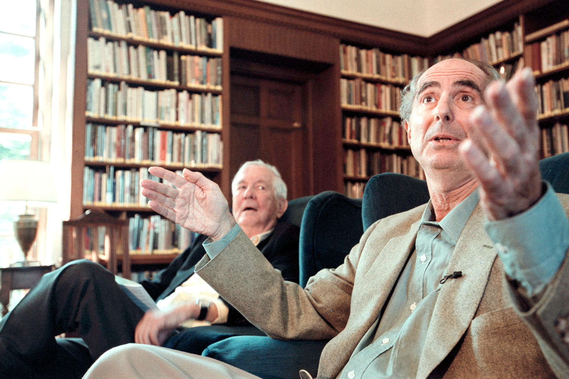 Roth answers questions after being awarded the 2001 Edward MacDowell Medal  for his contribution to the arts.