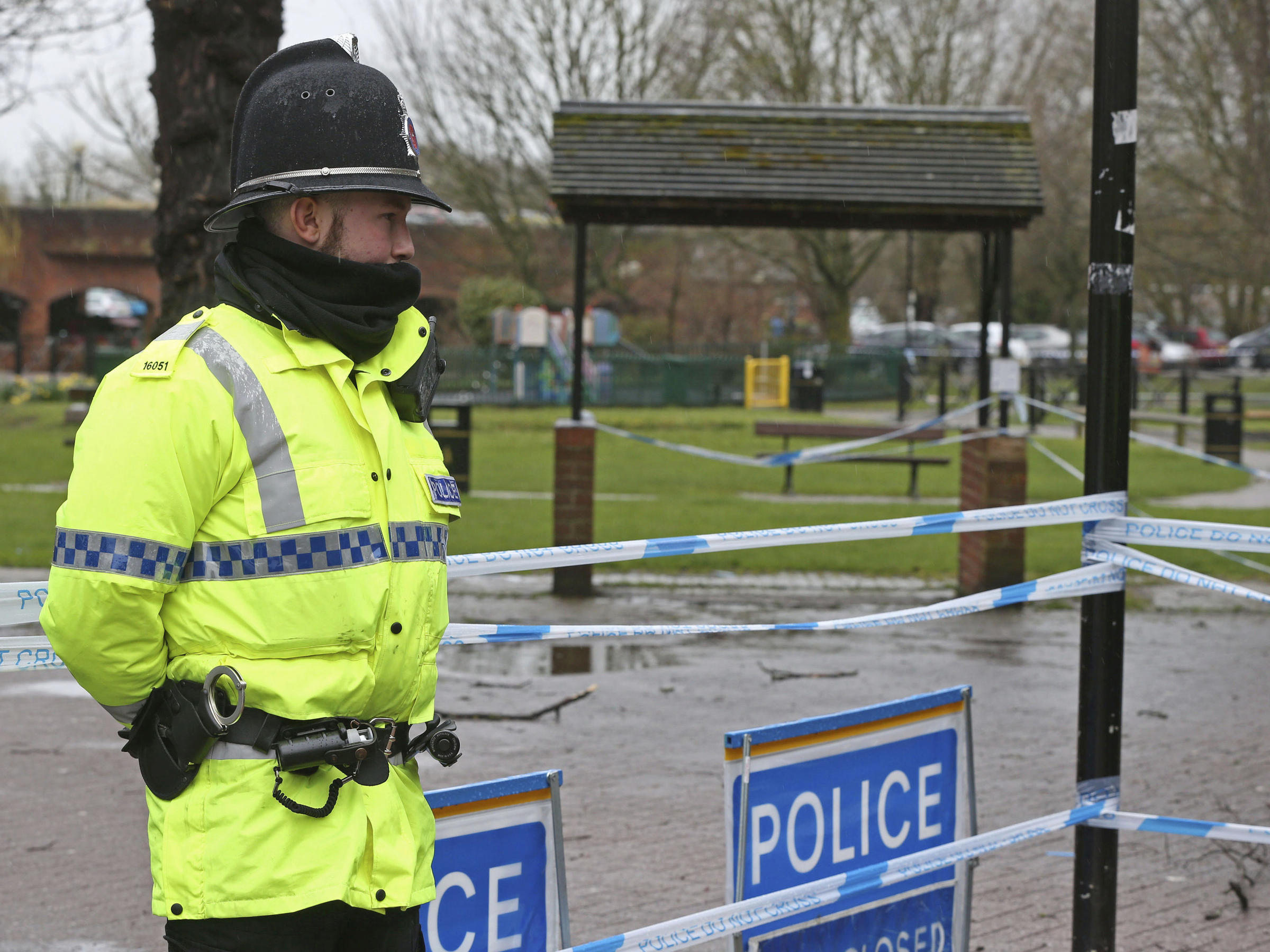 Amesbury poisoning: Experts begin testing for Novichok