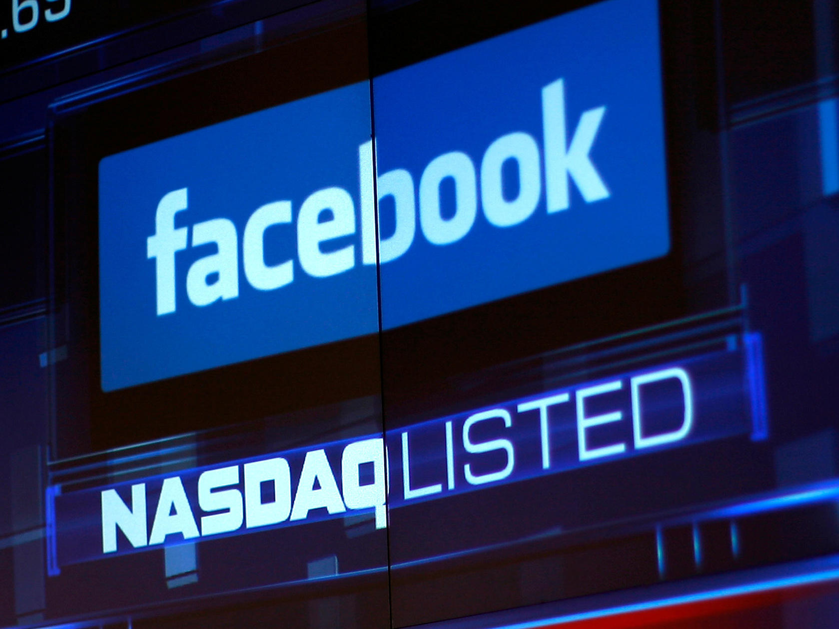 Facebook Shares Sink; Further Growth Drops Expected