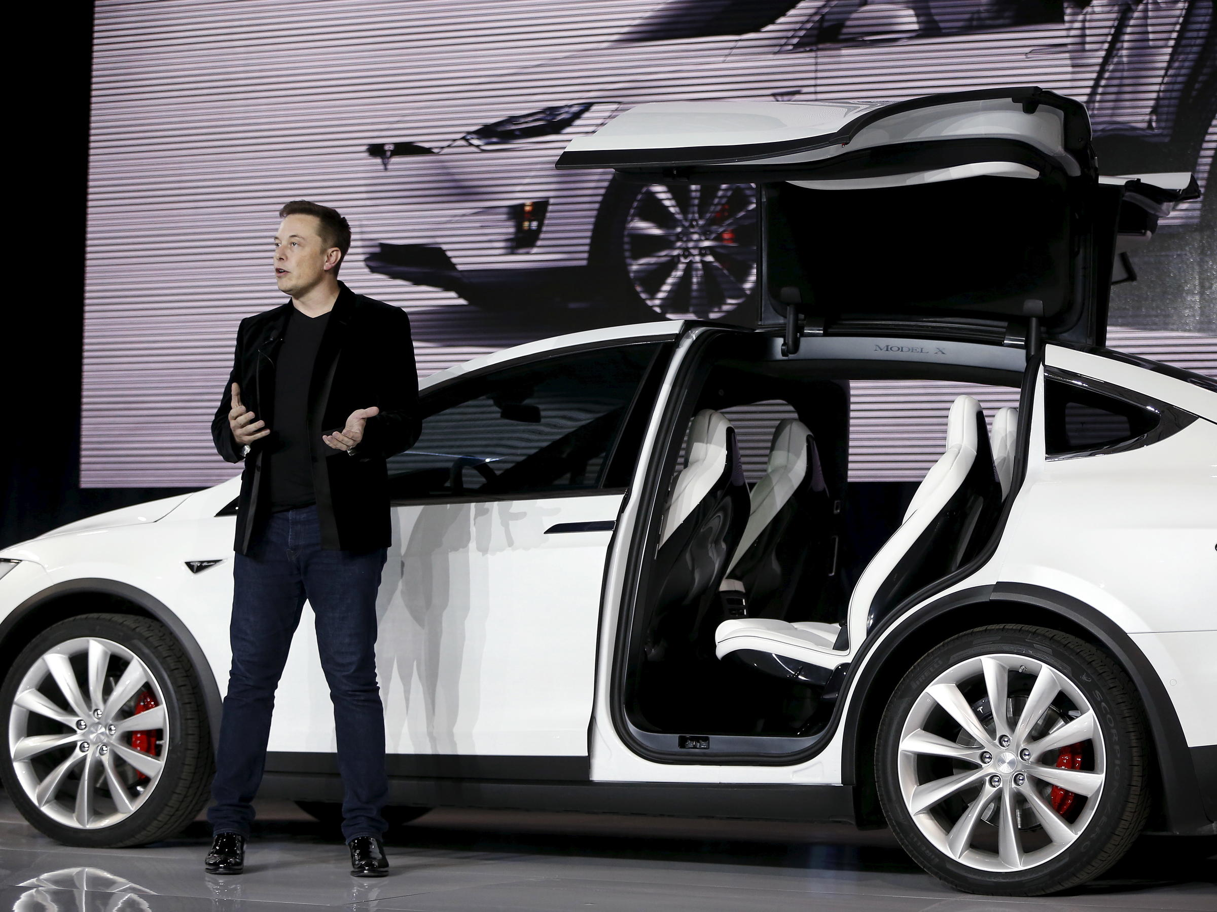 8 Years After Going Public Elon Musk Wants To Take Tesla Private