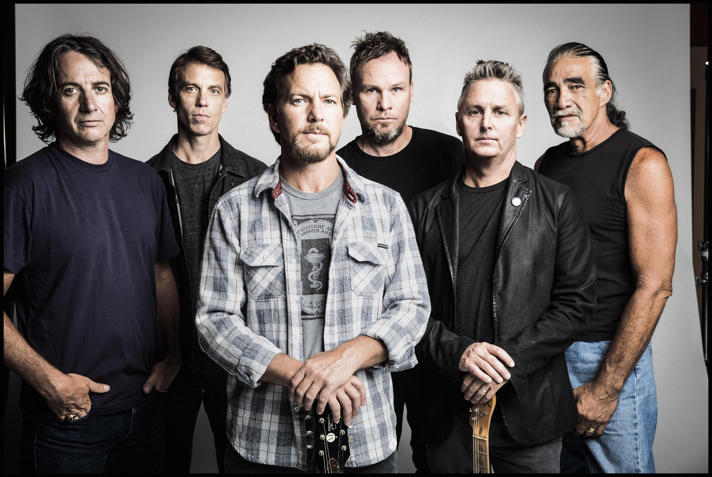 Pearl Jam gets political with burning White House poster