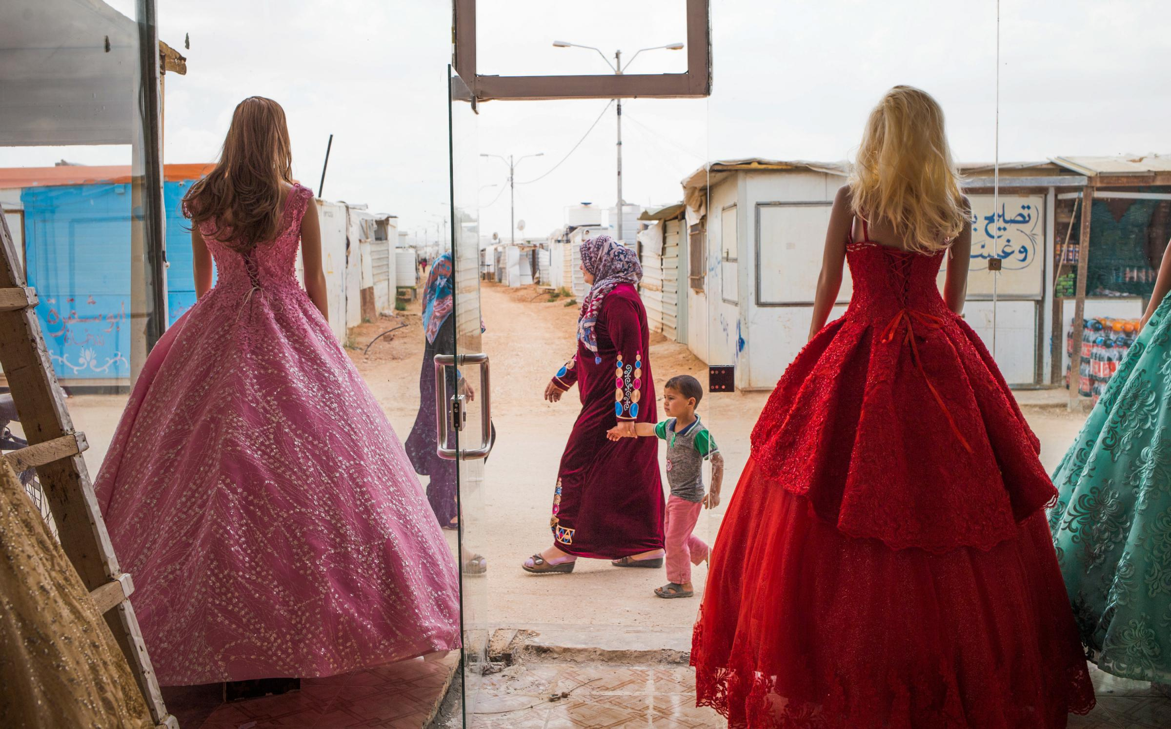Refugees Say Yes To The Rental Wedding Dress | KDNK