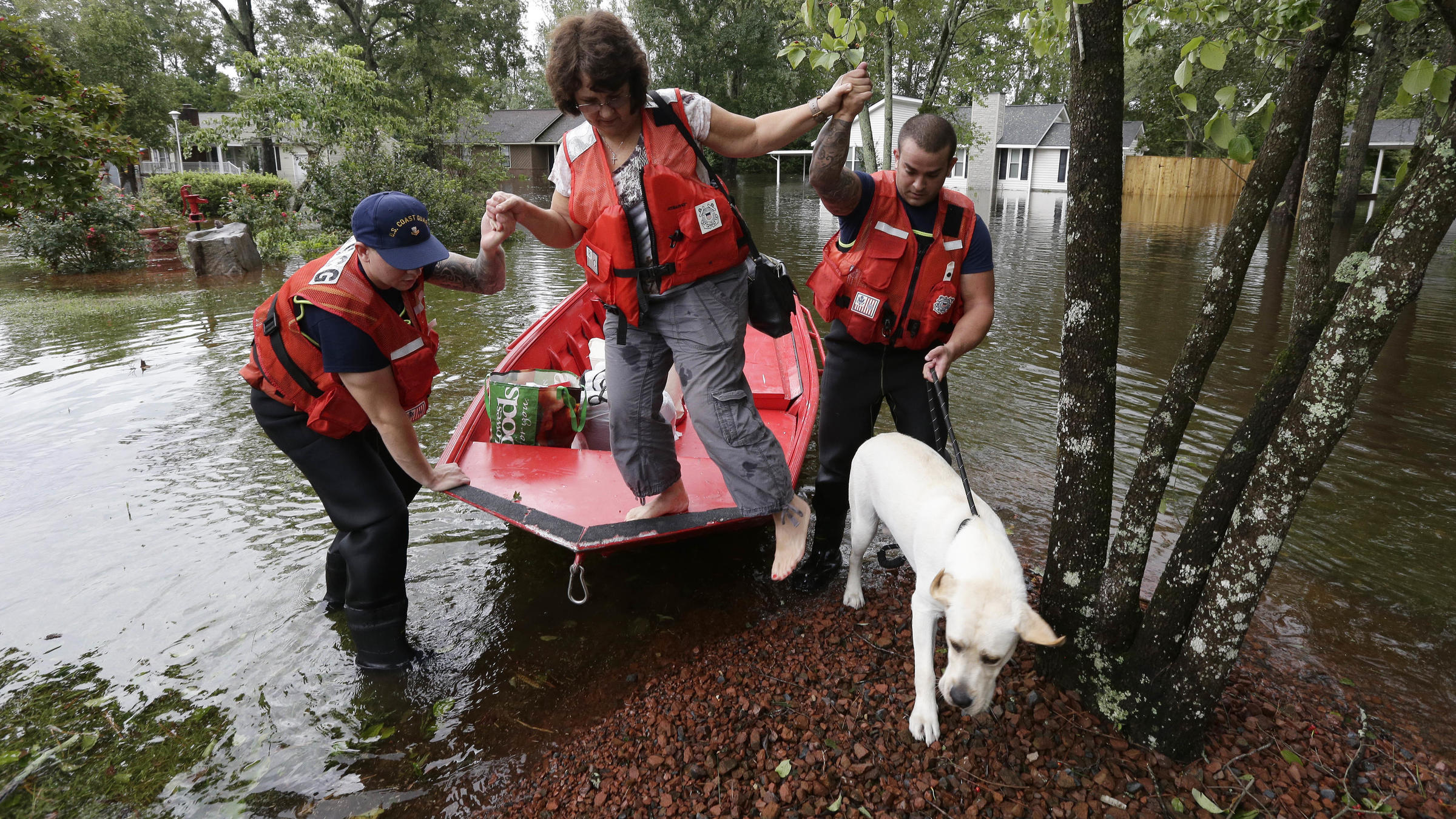Flooded town of New Bern, N.C., turns a corner