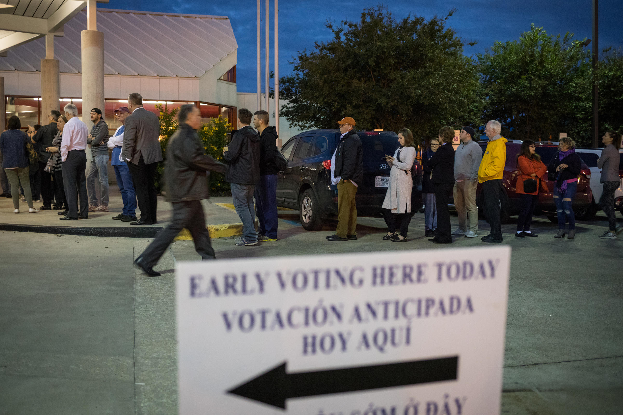 In Texas Questions About Prosecuting >> Ahead Of The 2018 Election Texas Ag Ramps Up Voter Fraud