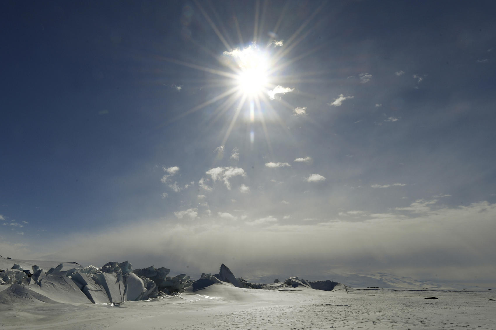 Traversing Antarctica: Stories Of Crossing The Continent Unaided
