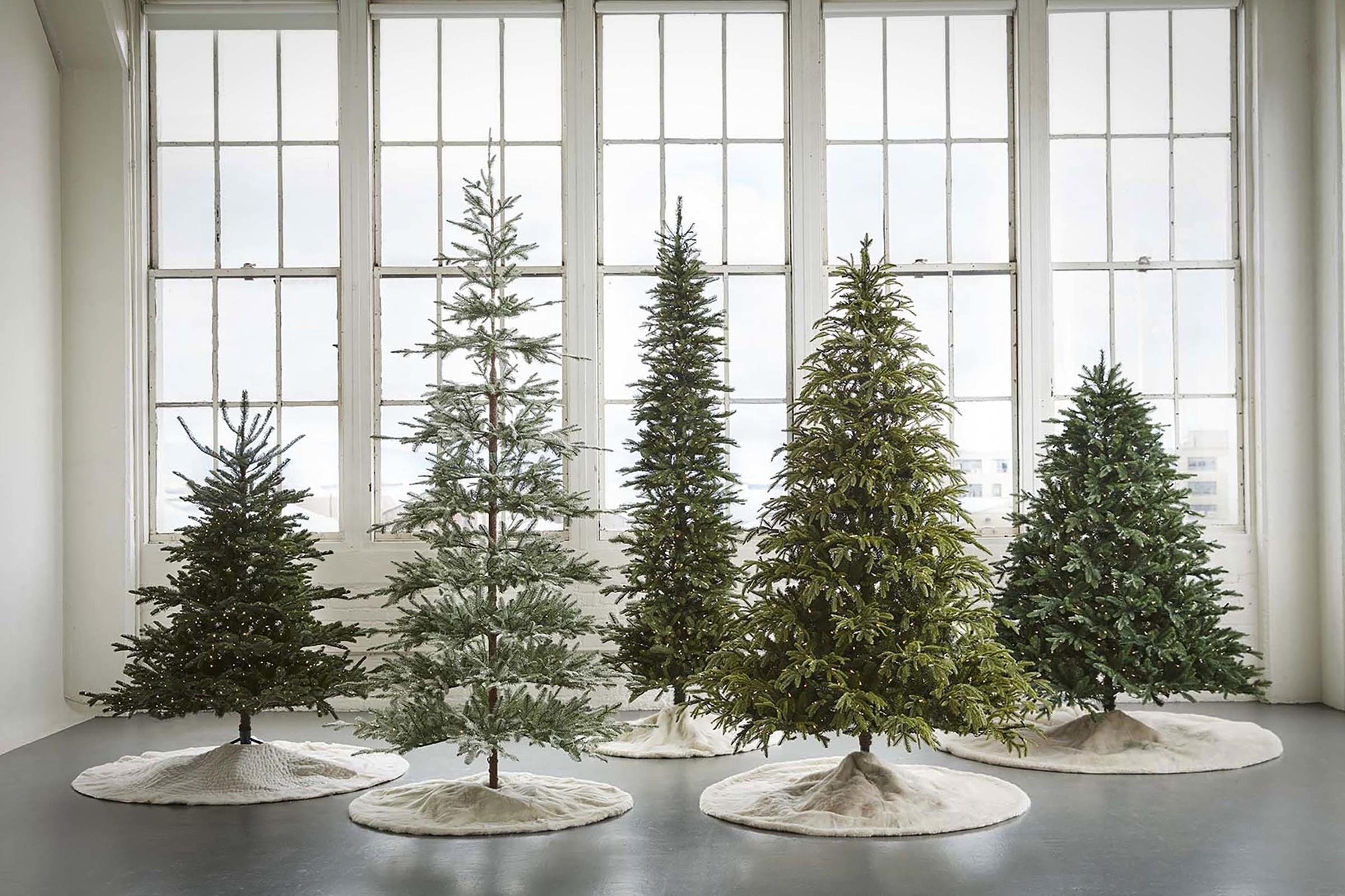 The American Christmas Tree Association, which represents manufacturers and retailers of real and artificial trees, is trying to highlight popular trends ...