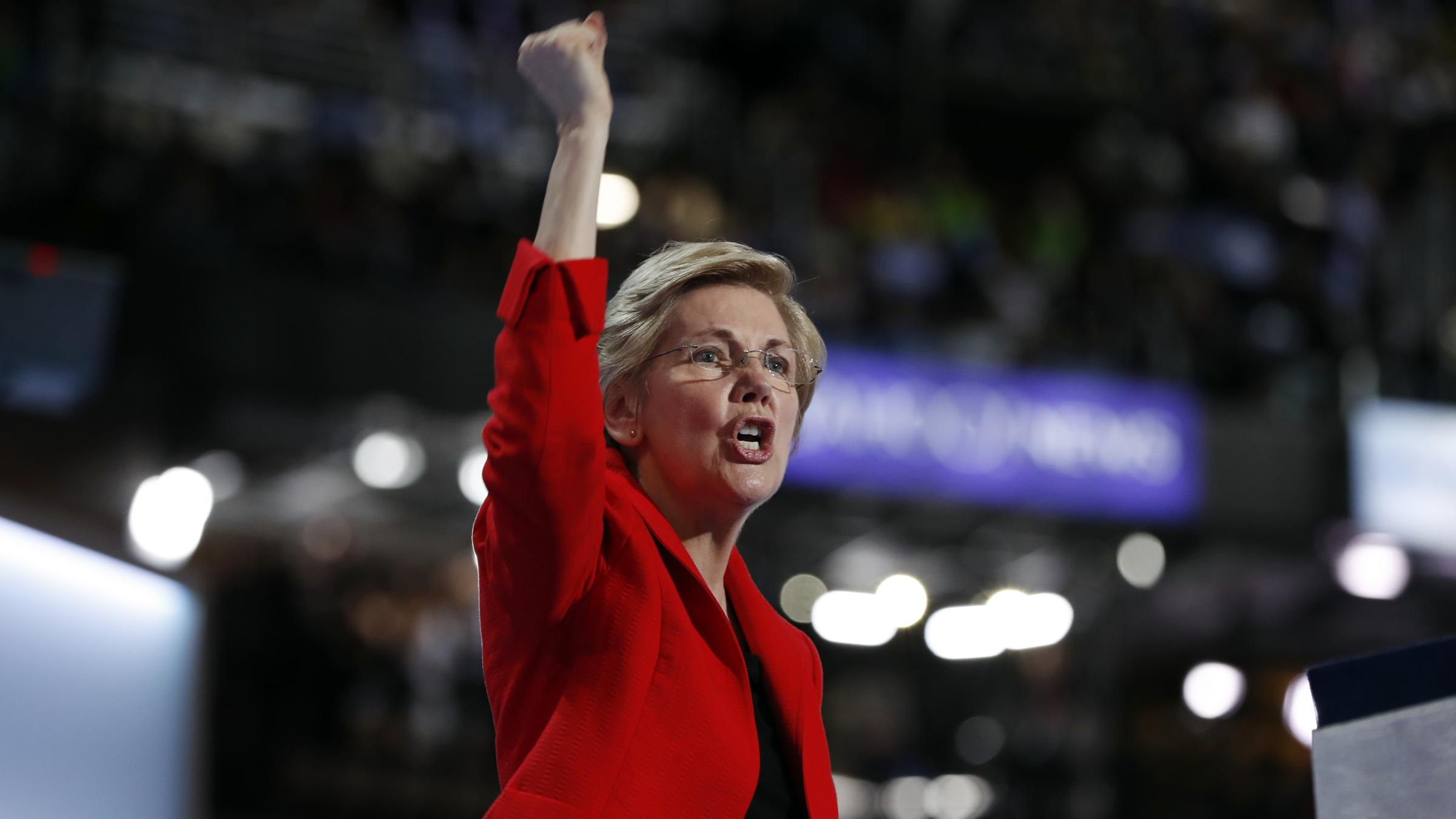 Elizabeth Warren takes major step toward running for president
